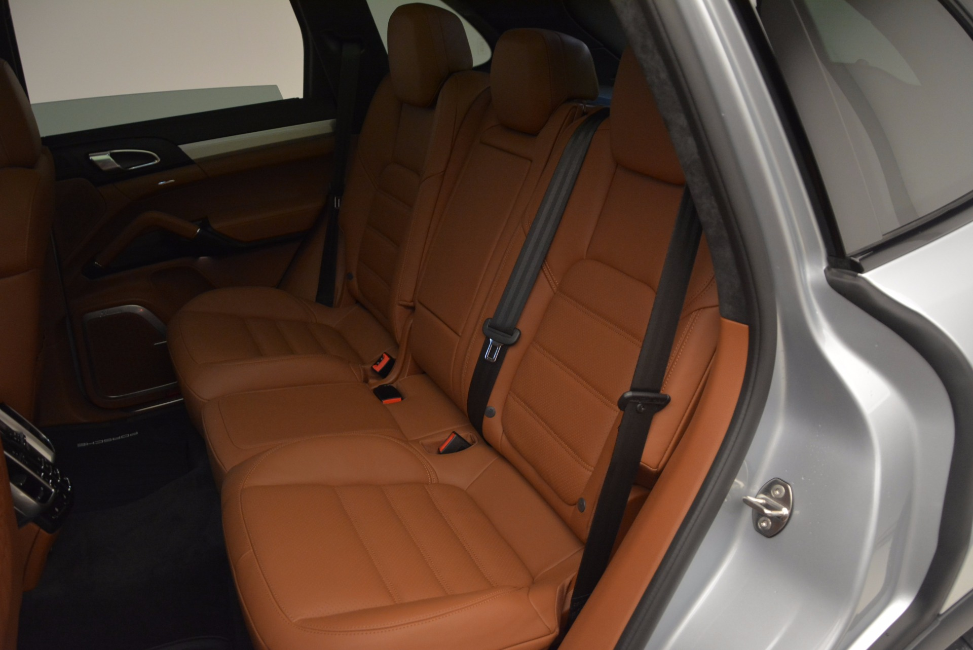 Used 2016 Porsche Cayenne Turbo For Sale In Greenwich, CT 1000_p25