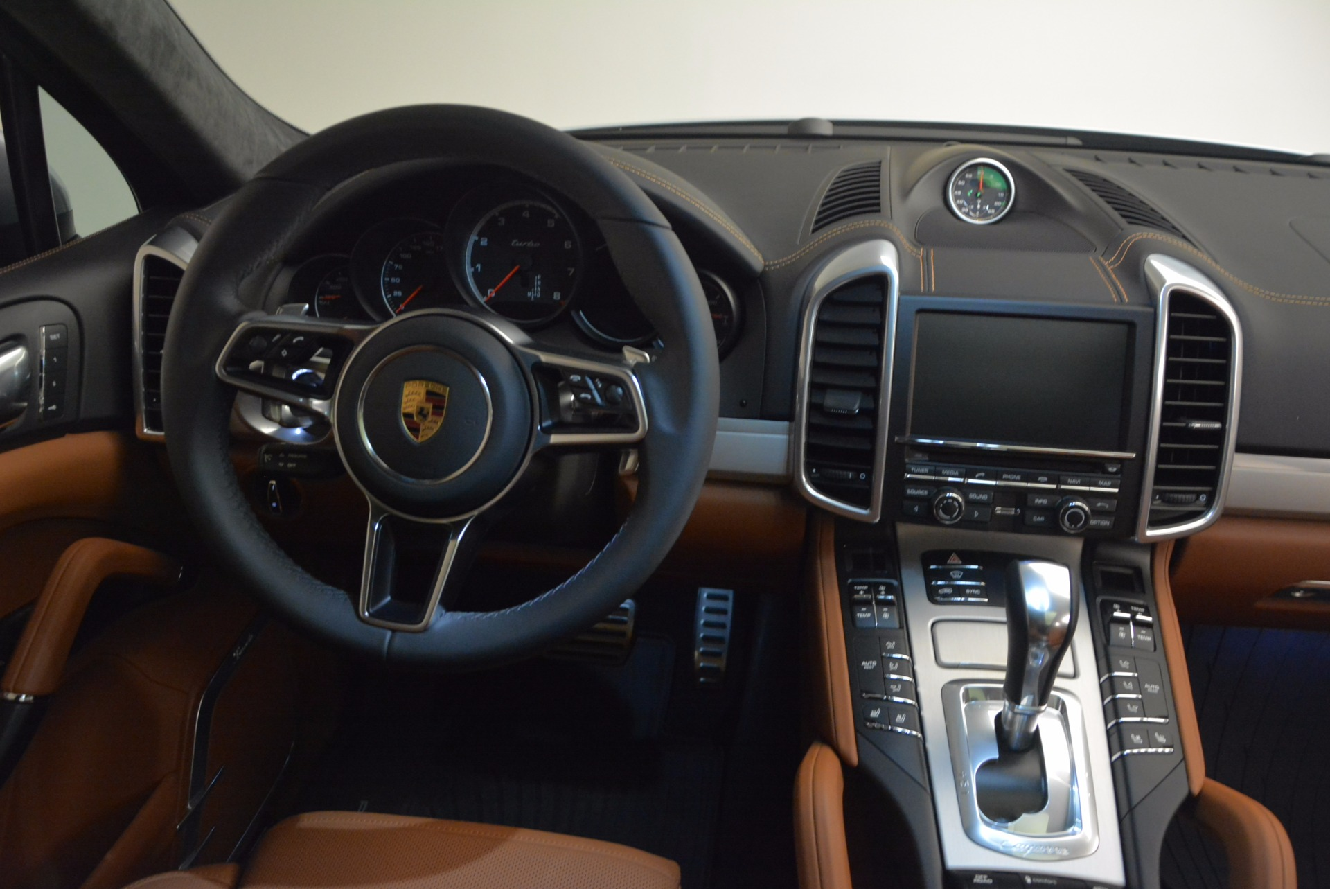 Used 2016 Porsche Cayenne Turbo For Sale In Greenwich, CT 1000_p40