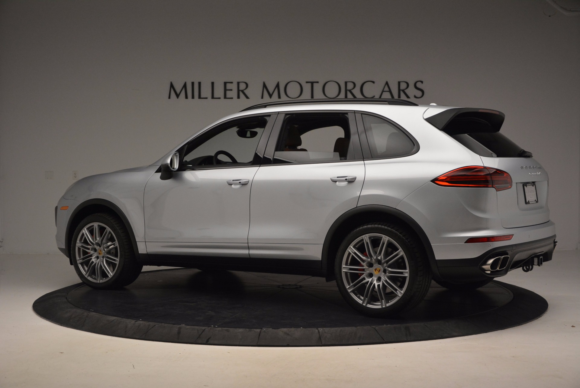Used 2016 Porsche Cayenne Turbo For Sale In Greenwich, CT 1000_p4