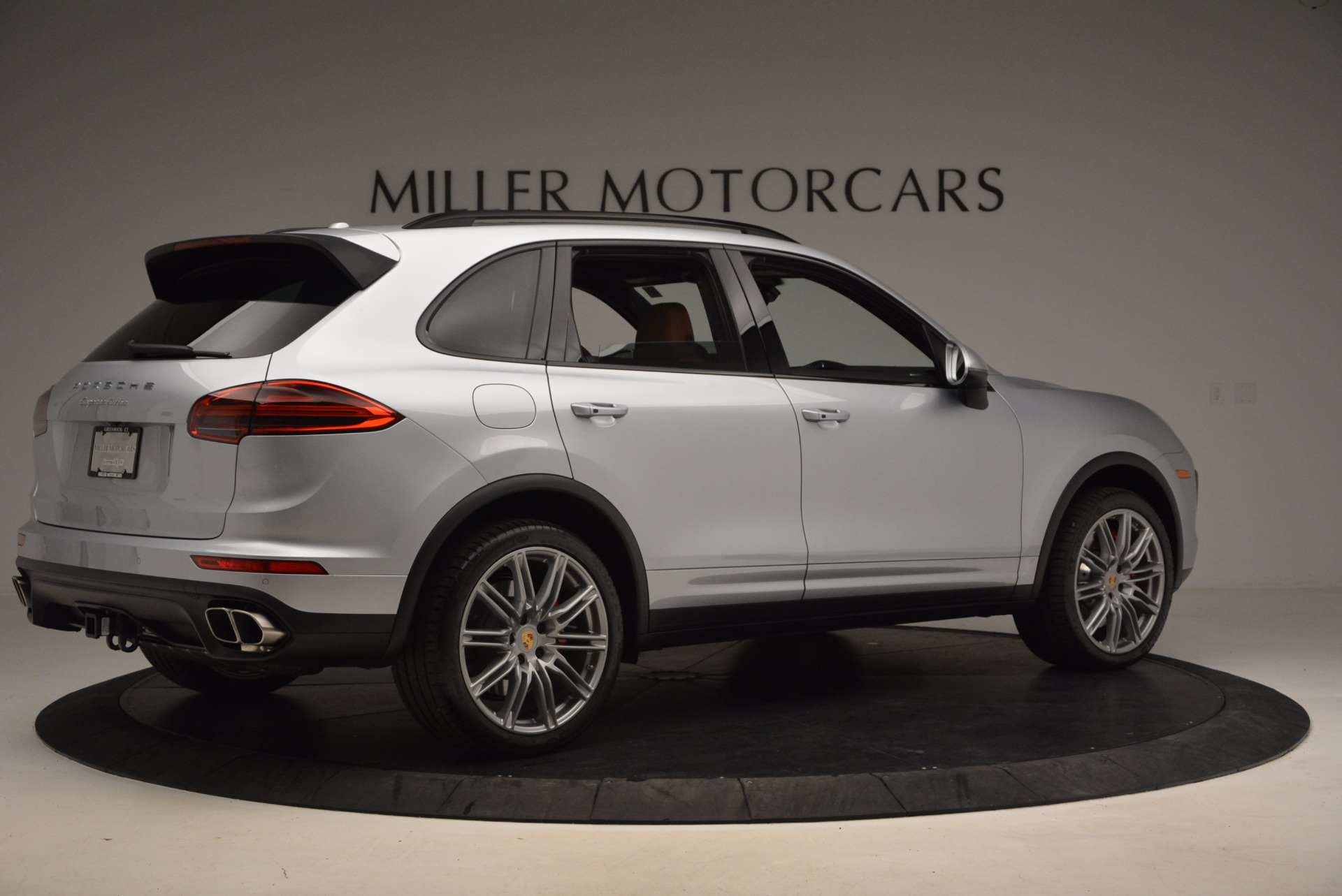 Used 2016 Porsche Cayenne Turbo For Sale In Greenwich, CT 1000_p8