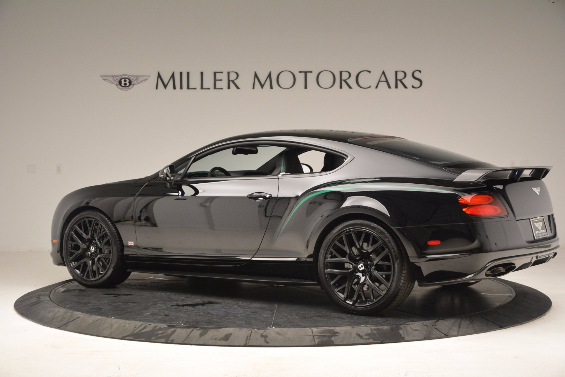 Used 2015 Bentley Continental GT GT3-R For Sale In Greenwich, CT 1002_p4