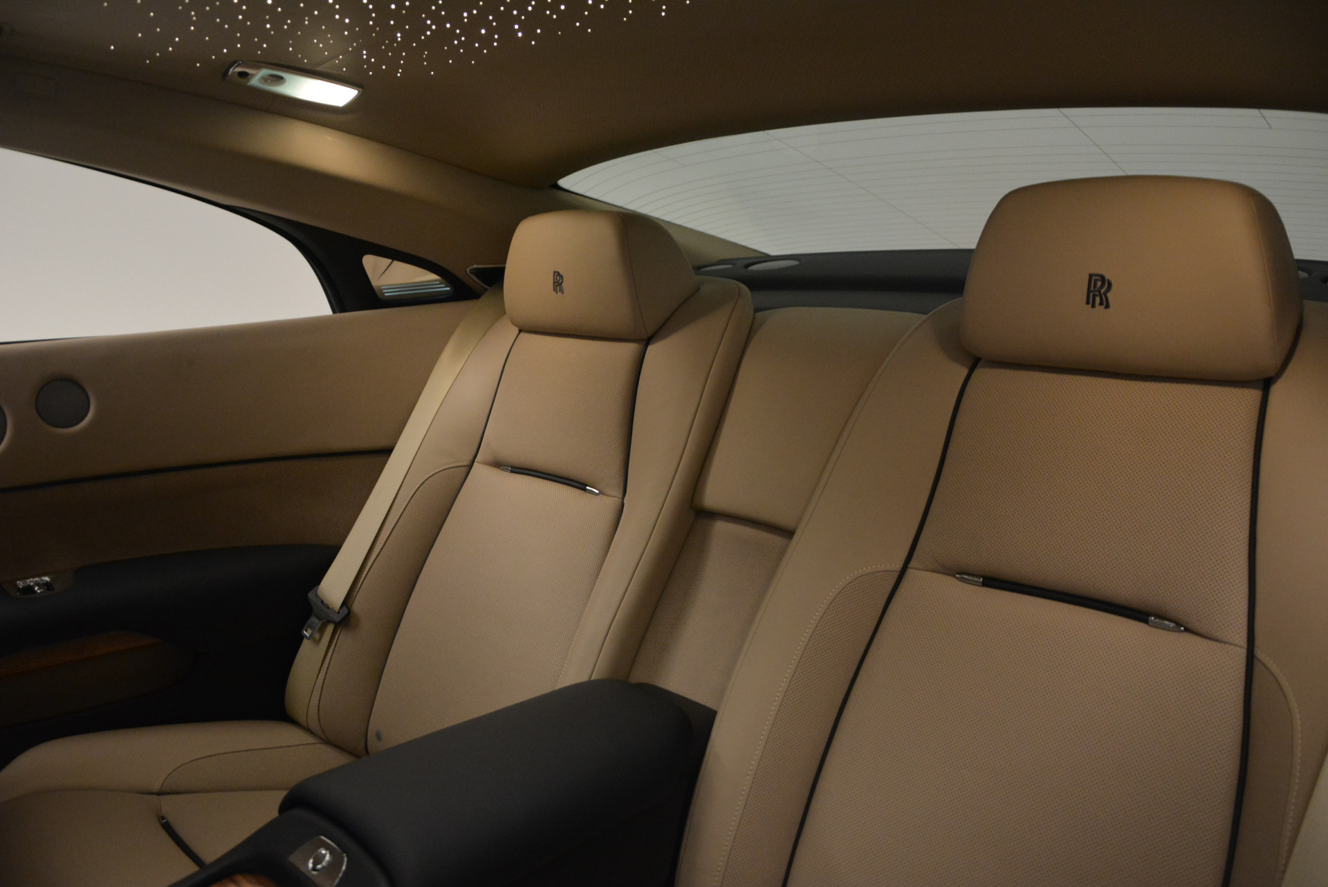 Used 2015 Rolls-Royce Wraith  For Sale In Greenwich, CT 1013_p23