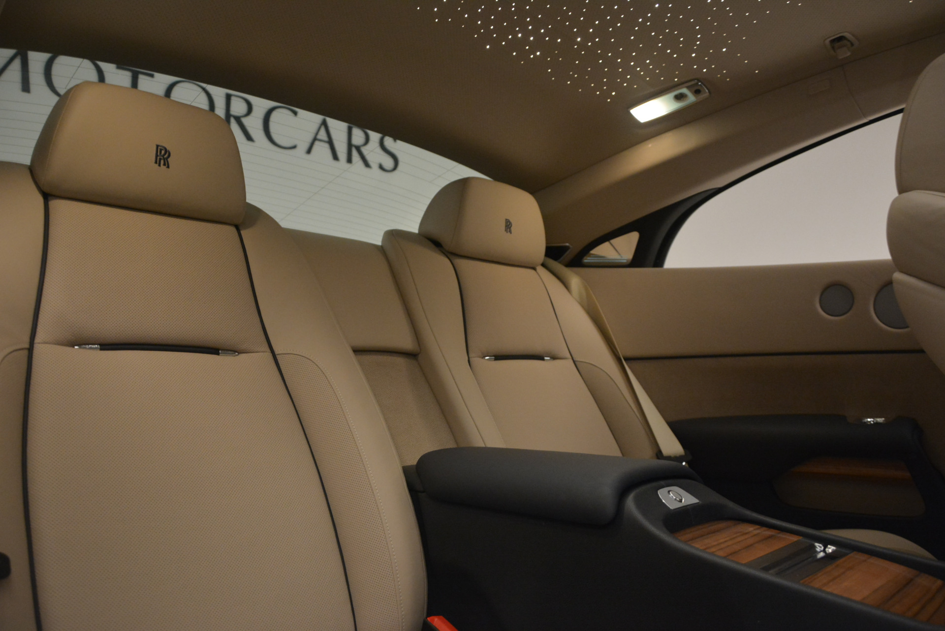 Used 2015 Rolls-Royce Wraith  For Sale In Greenwich, CT 1013_p28