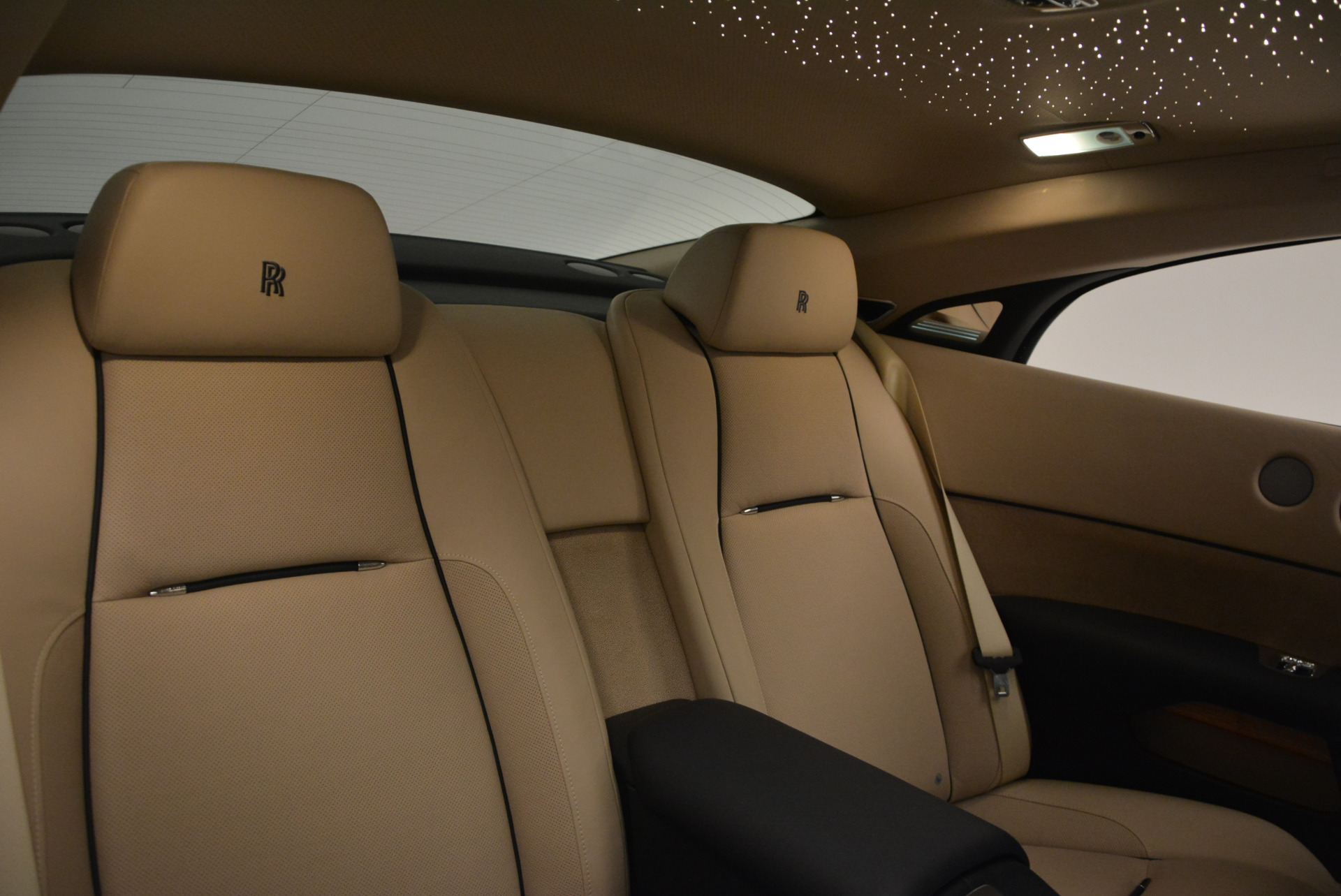 Used 2015 Rolls-Royce Wraith  For Sale In Greenwich, CT 1013_p29