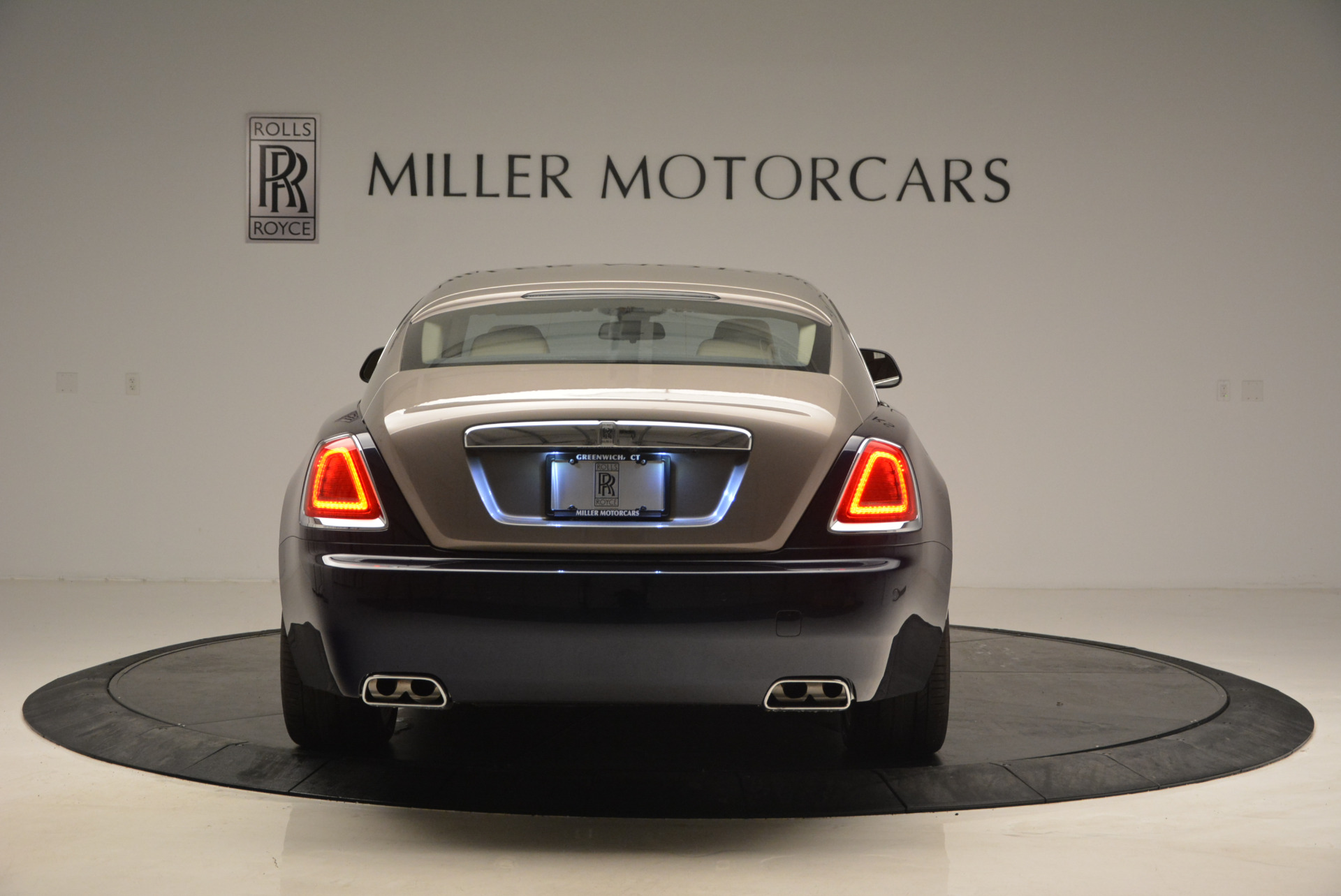 Used 2015 Rolls-Royce Wraith  For Sale In Greenwich, CT 1013_p6
