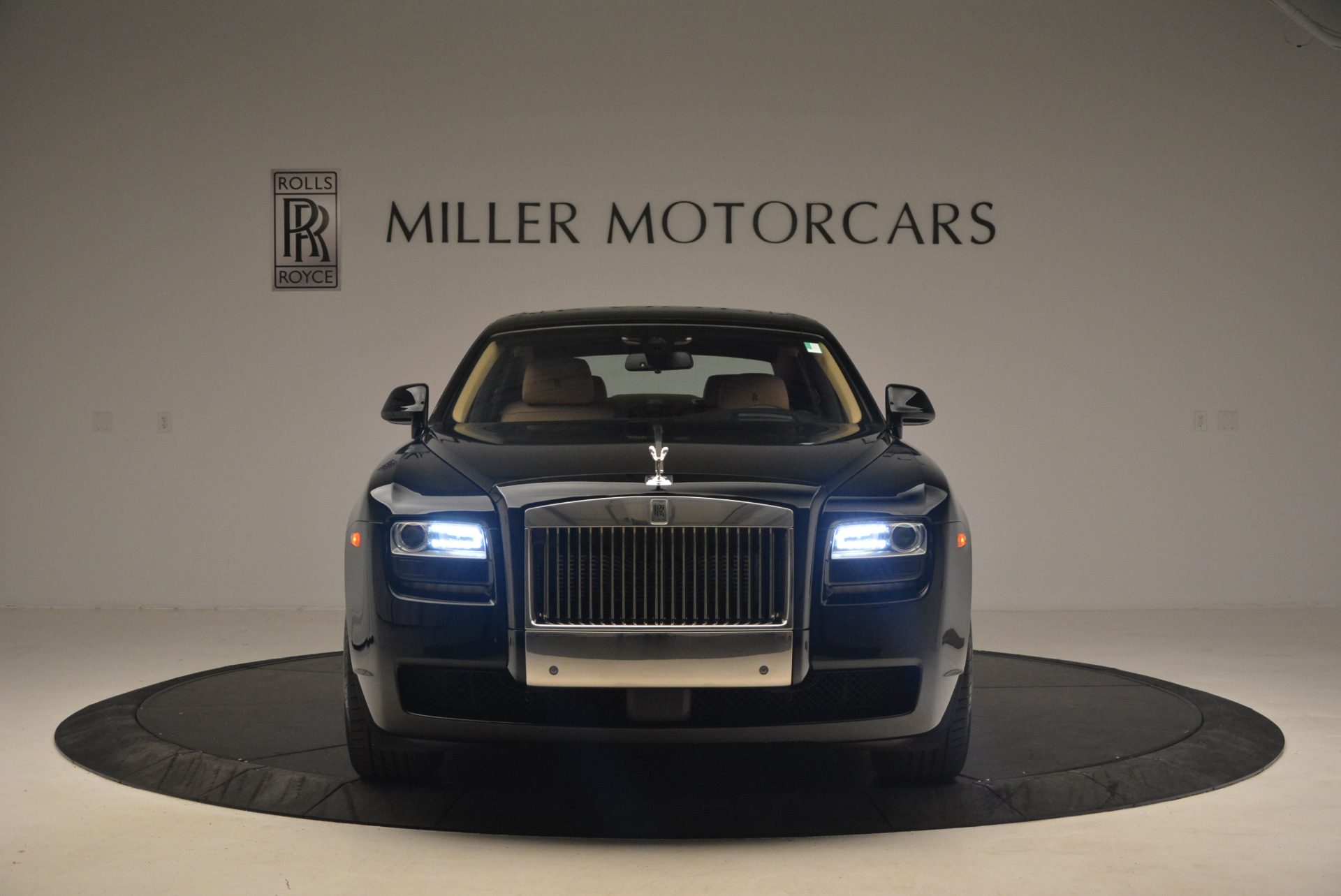 Used 2013 Rolls-Royce Ghost  For Sale In Greenwich, CT 1014_p12
