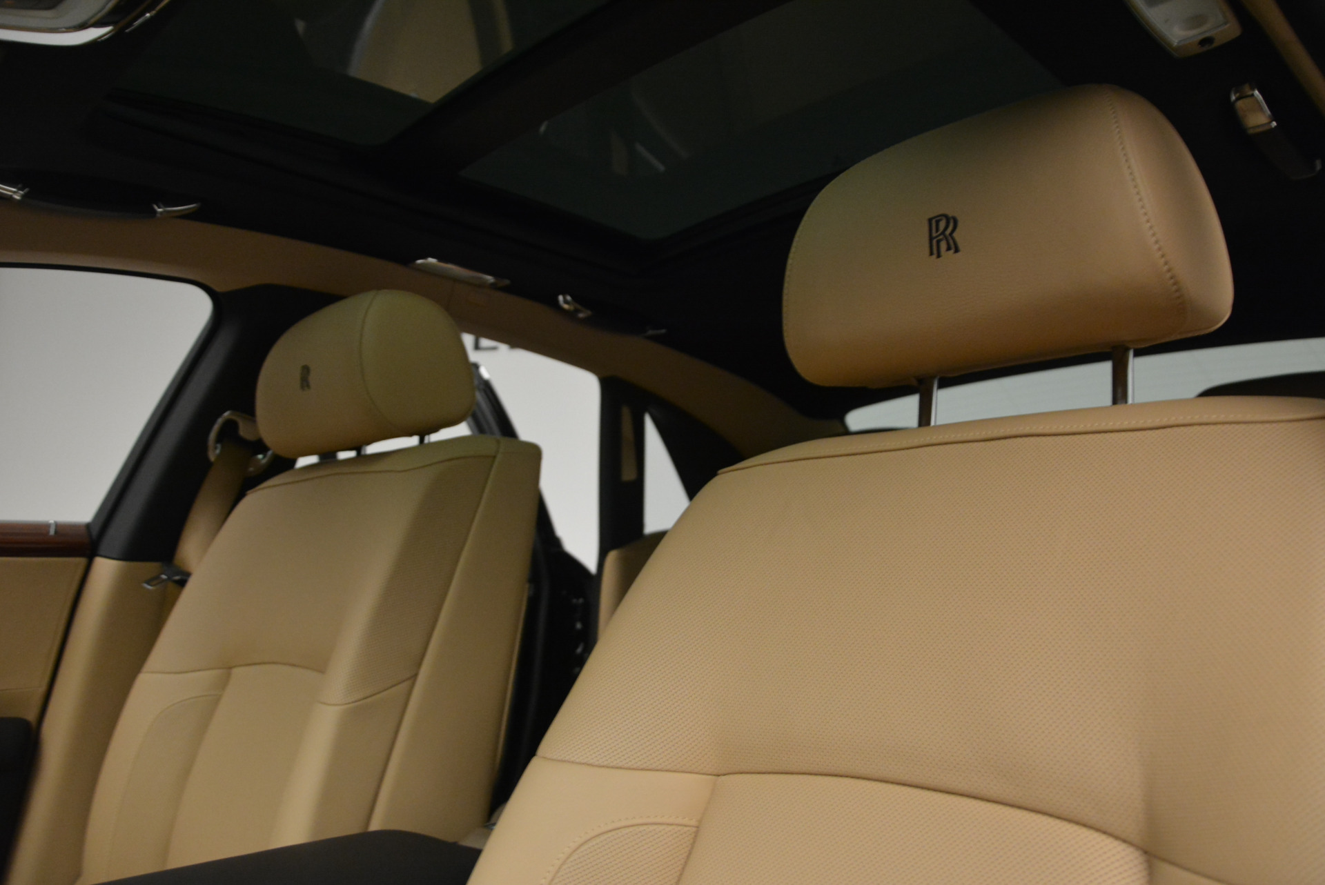 Used 2013 Rolls-Royce Ghost  For Sale In Greenwich, CT 1014_p18