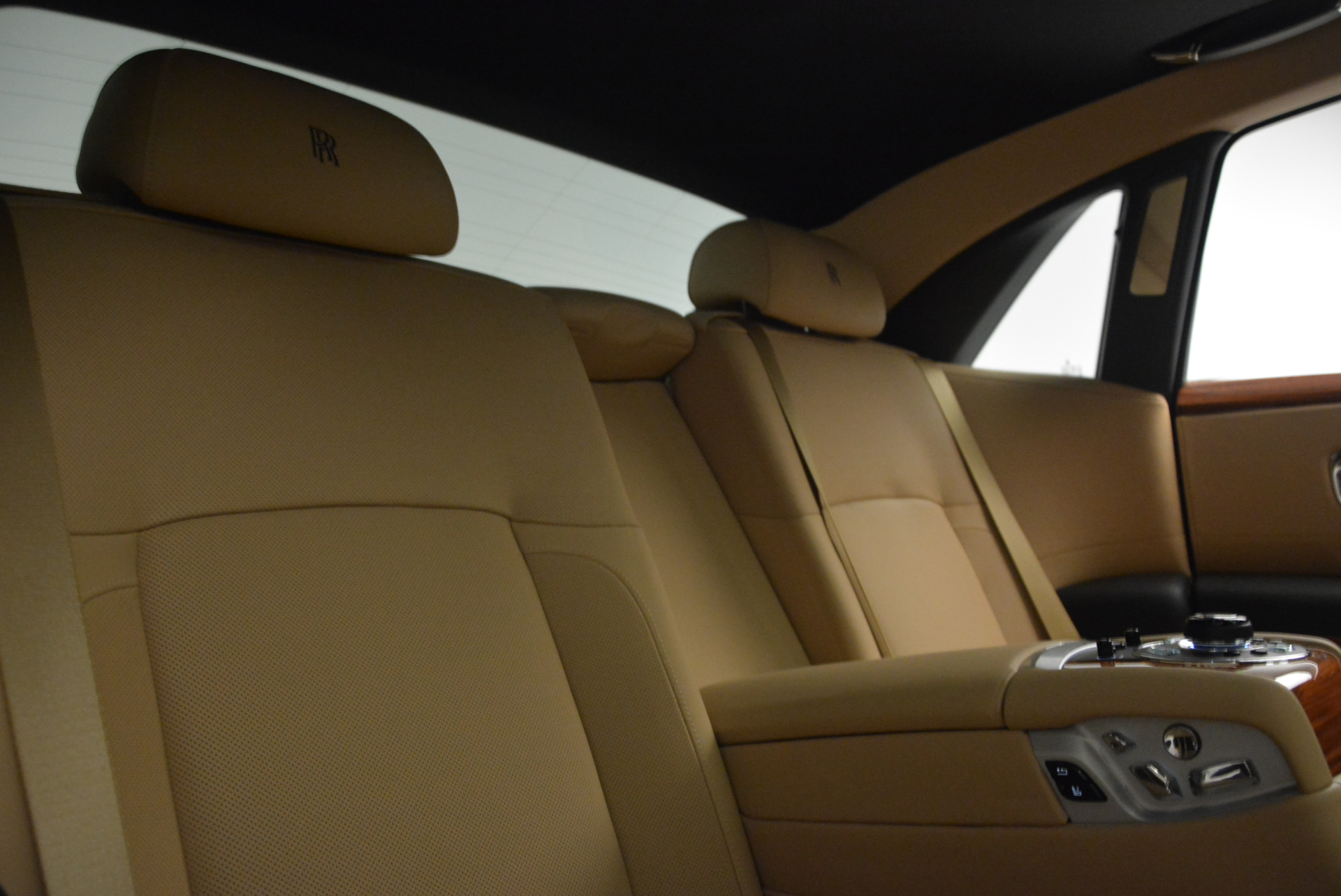 Used 2013 Rolls-Royce Ghost  For Sale In Greenwich, CT 1014_p30