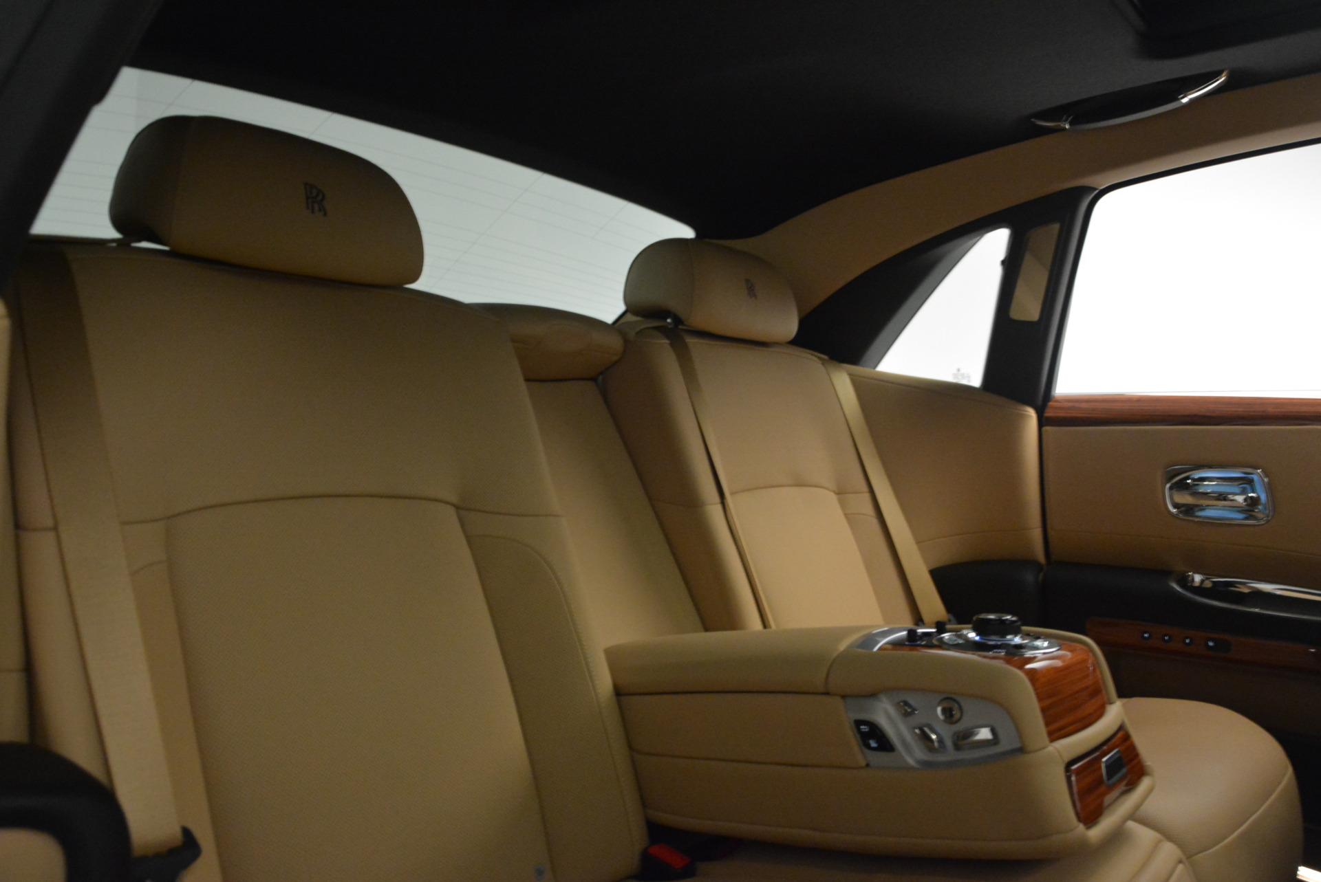 Used 2013 Rolls-Royce Ghost  For Sale In Greenwich, CT 1014_p31
