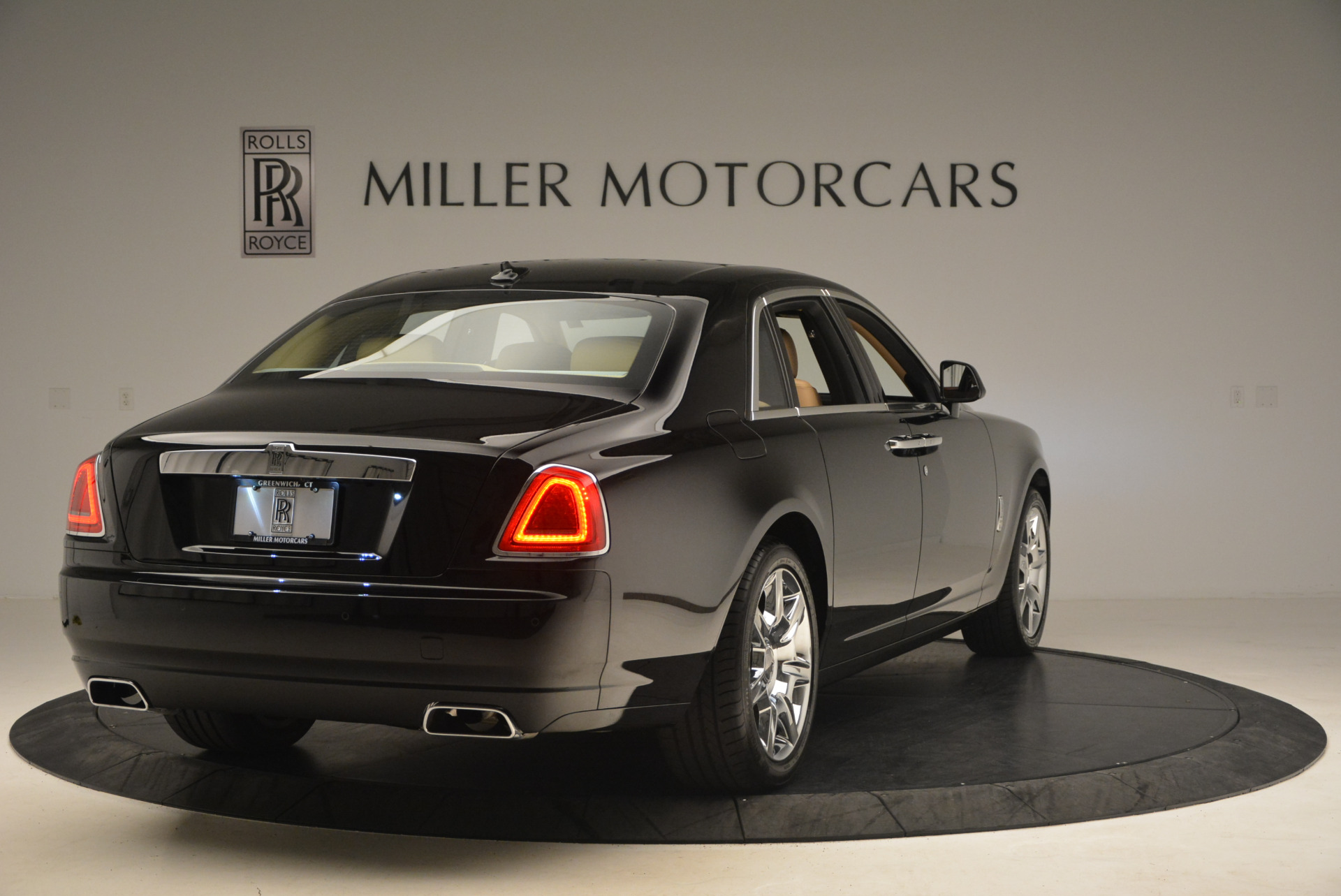 Used 2013 Rolls-Royce Ghost  For Sale In Greenwich, CT 1014_p7
