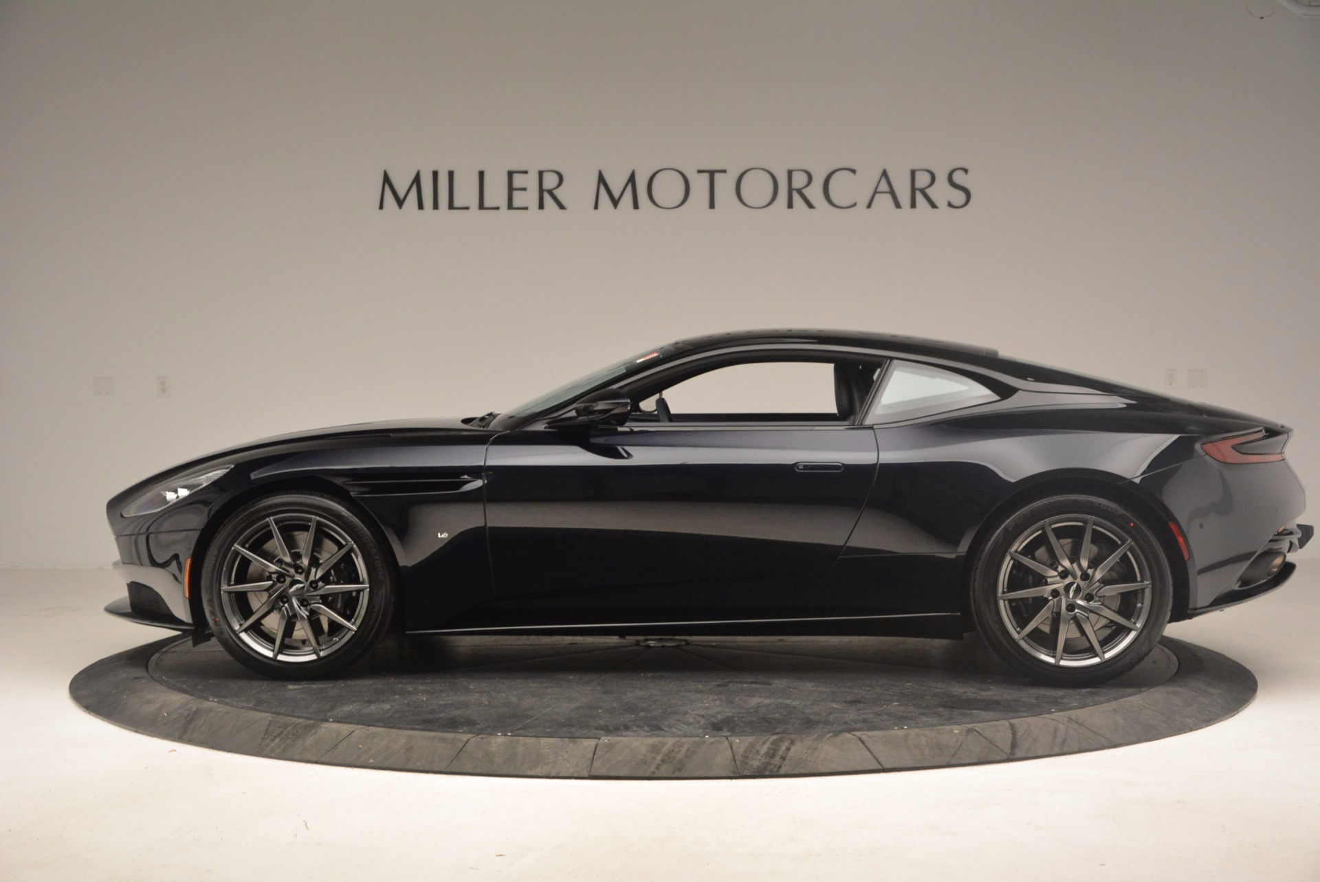 Used 2017 Aston Martin DB11 V12 Coupe For Sale In Greenwich, CT 1026_p3