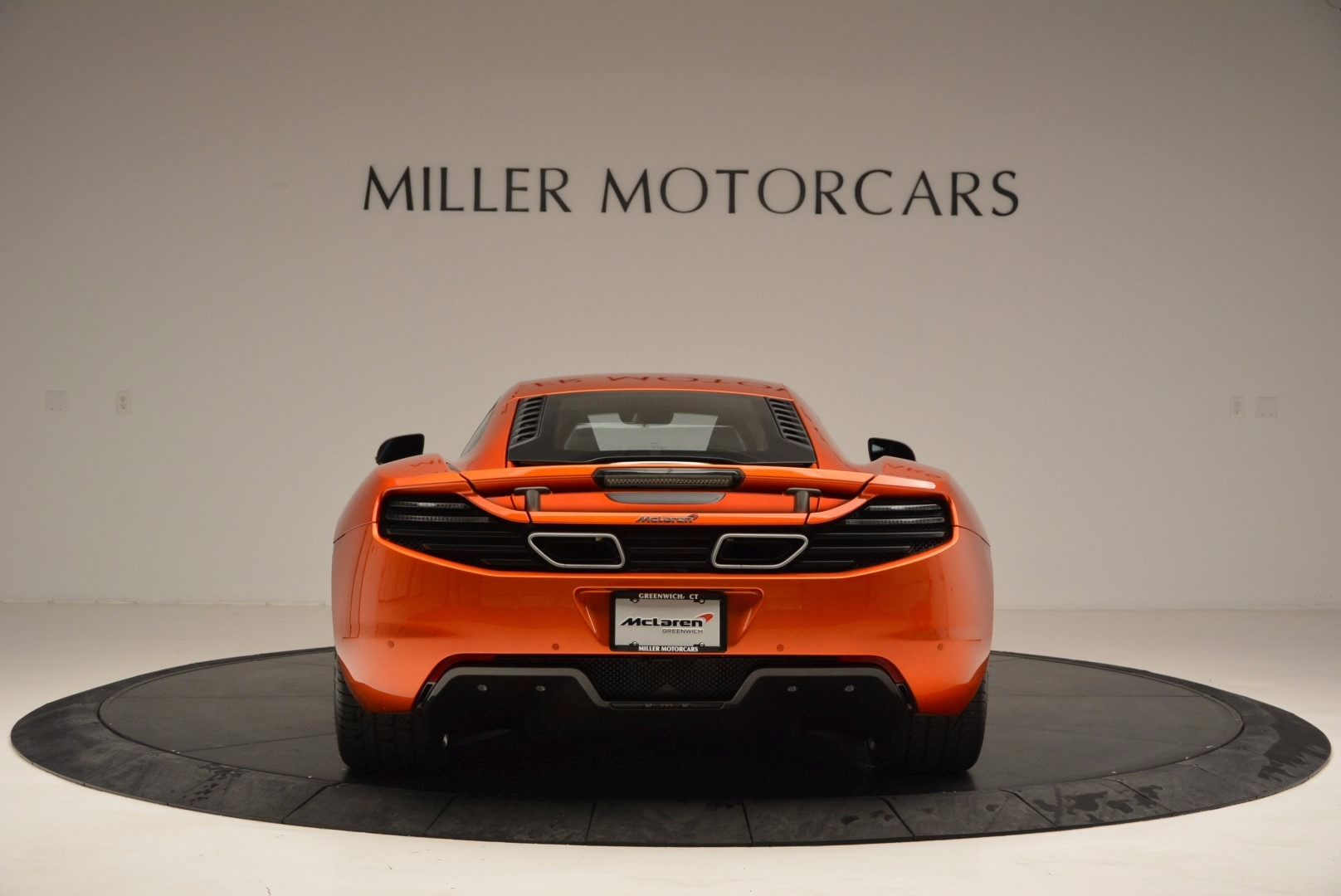 Used 2012 McLaren MP4-12C  For Sale In Greenwich, CT 1035_p6
