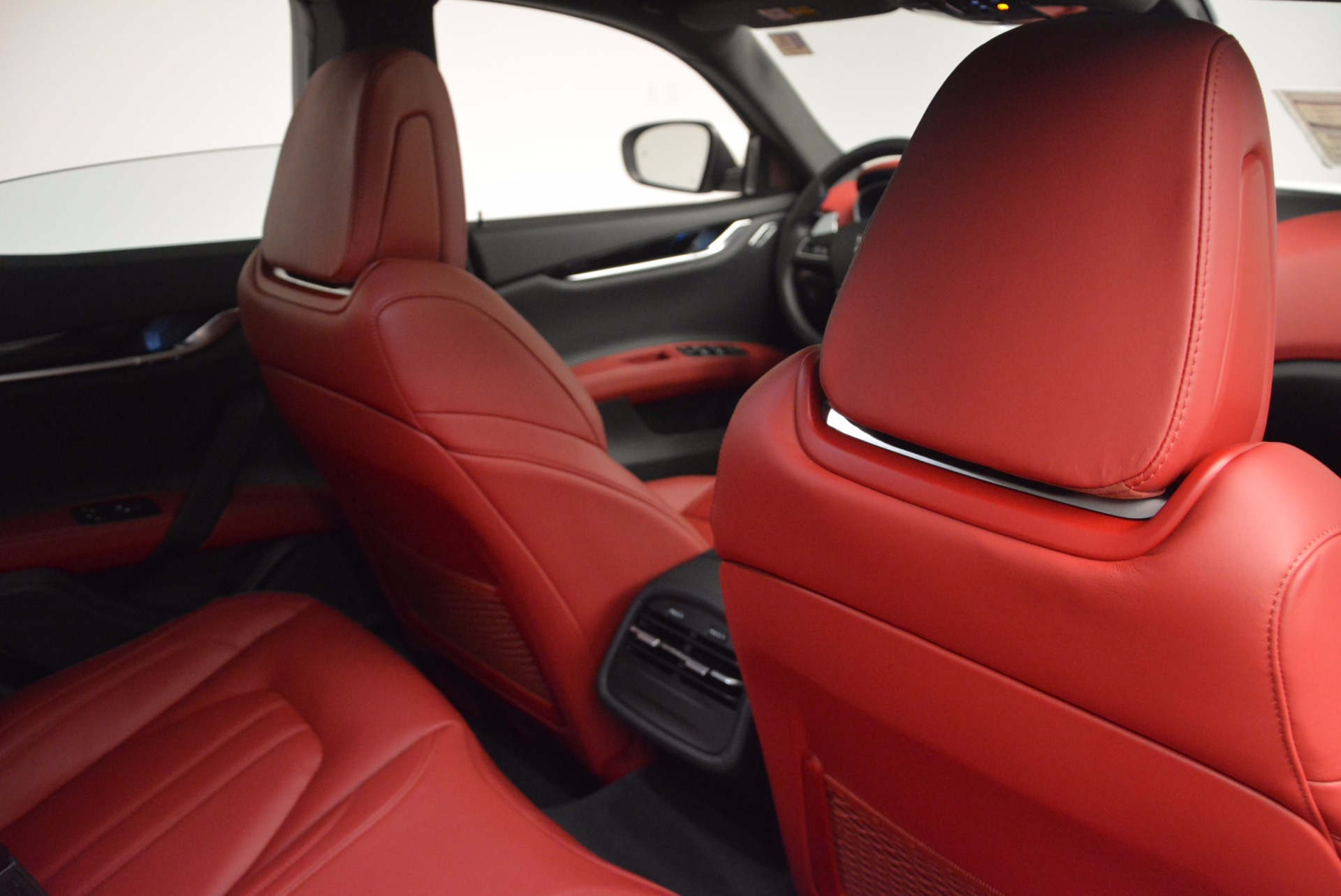 New 2017 Maserati Ghibli S Q4 For Sale In Greenwich, CT 1037_p32