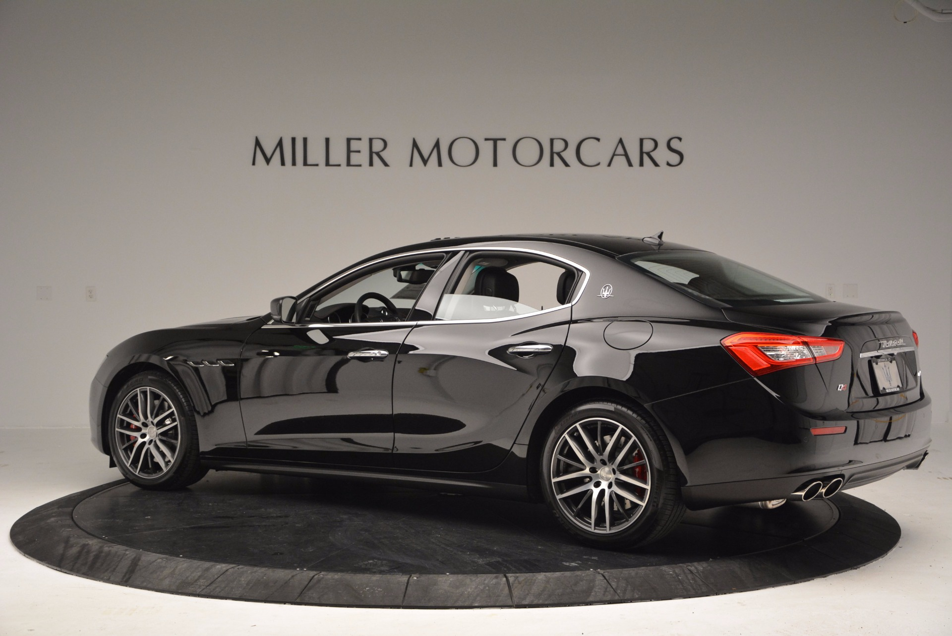 New 2017 Maserati Ghibli S Q4 For Sale In Greenwich, CT 1038_p3