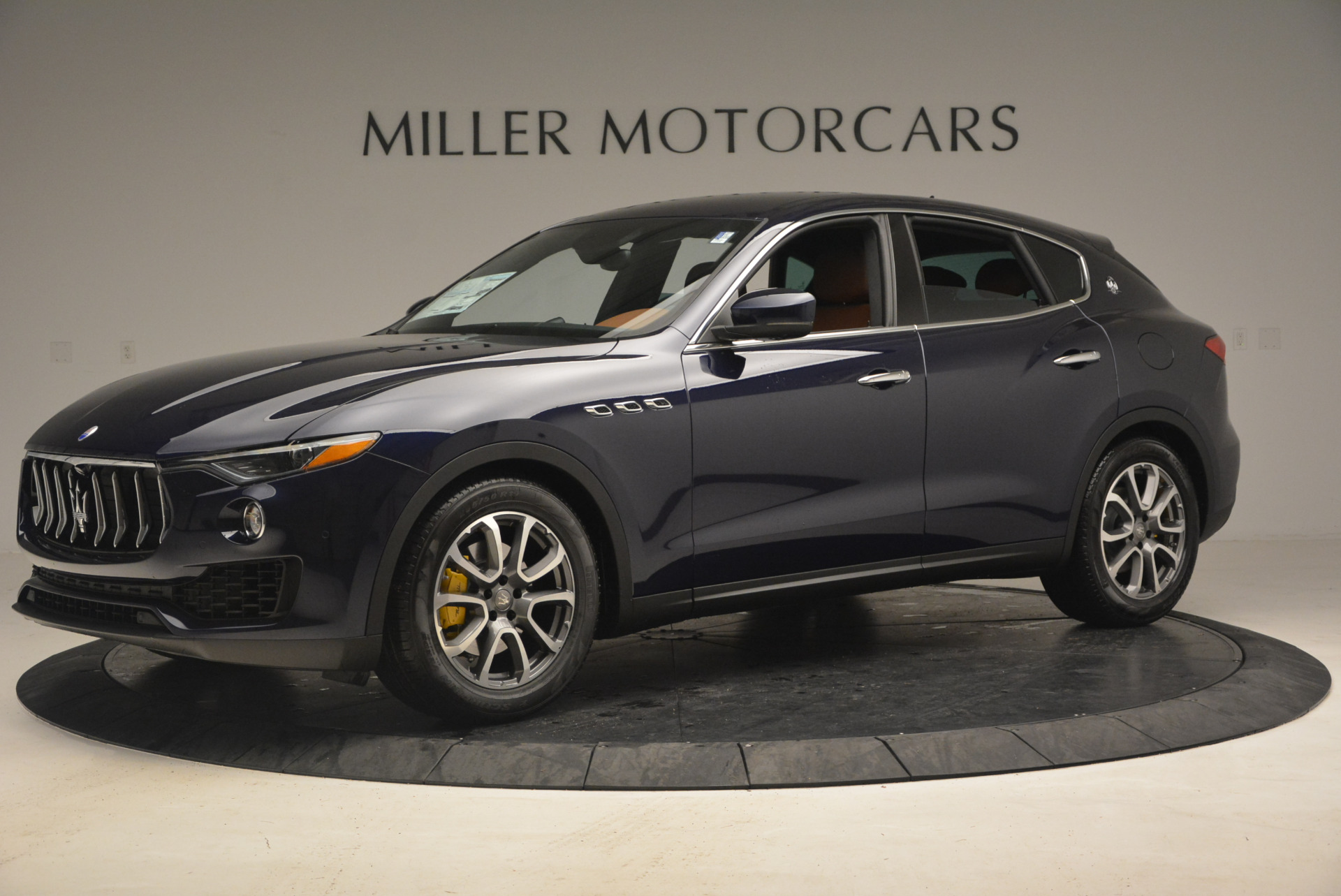 New 2017 Maserati Levante  For Sale In Greenwich, CT 1045_p2