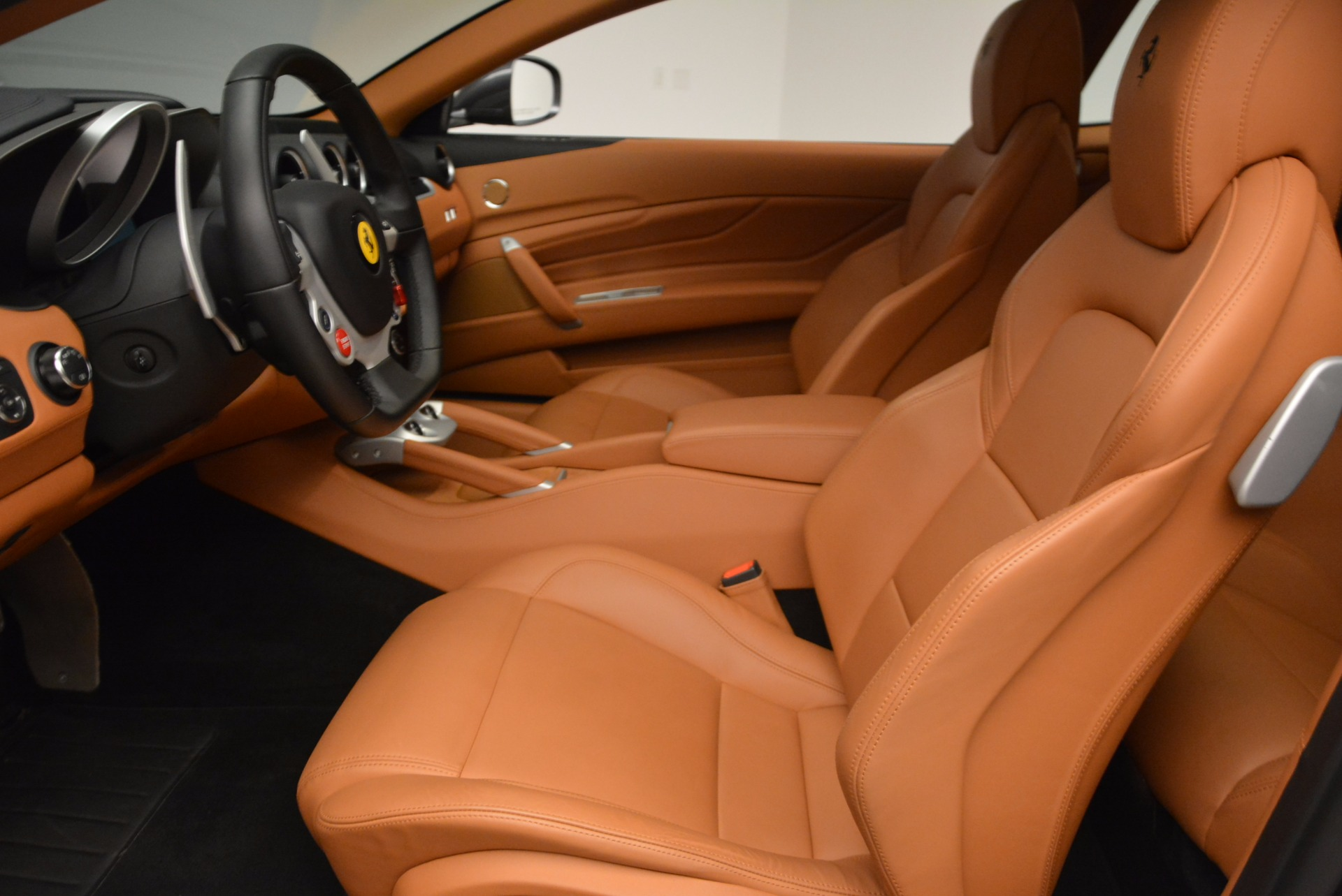 Used 2014 Ferrari FF  For Sale In Greenwich, CT 1051_p14
