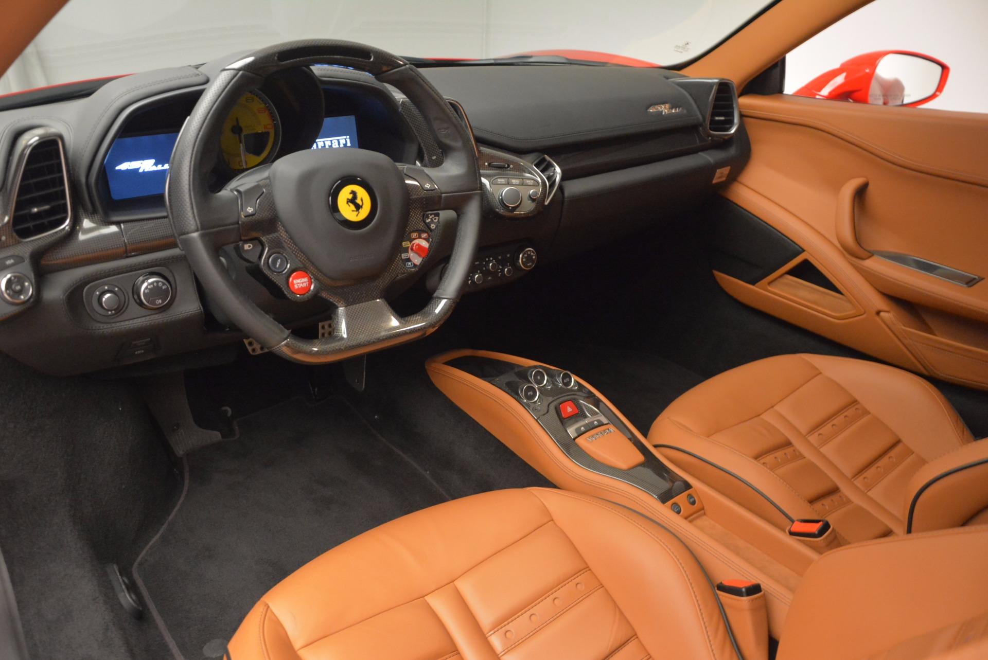 Used 2011 Ferrari 458 Italia  For Sale In Greenwich, CT 1054_p13