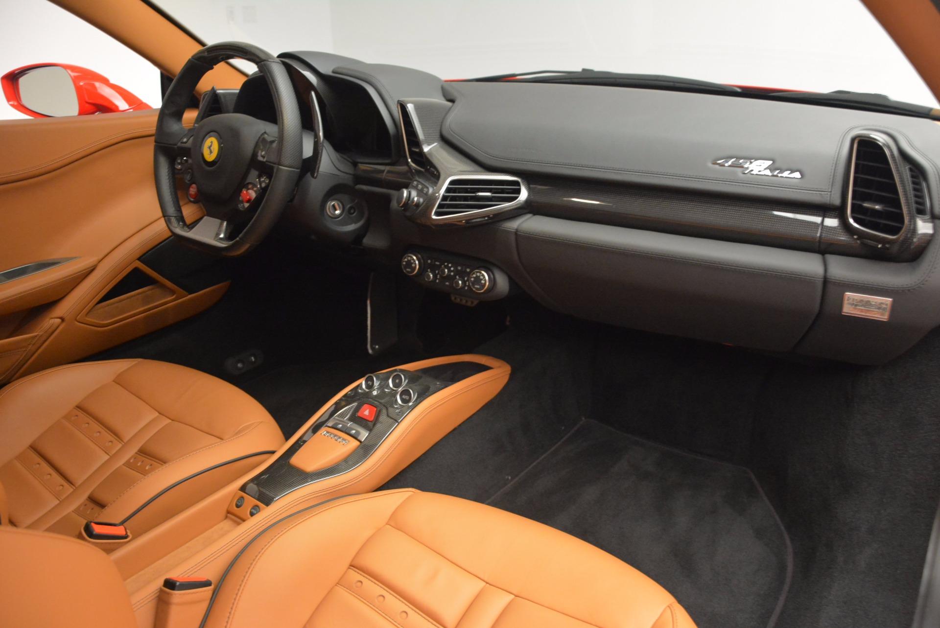 Used 2011 Ferrari 458 Italia  For Sale In Greenwich, CT 1054_p17