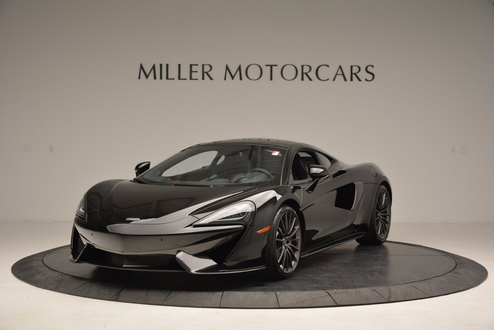 Used 2017 McLaren 570GT  For Sale In Greenwich, CT 1055_main