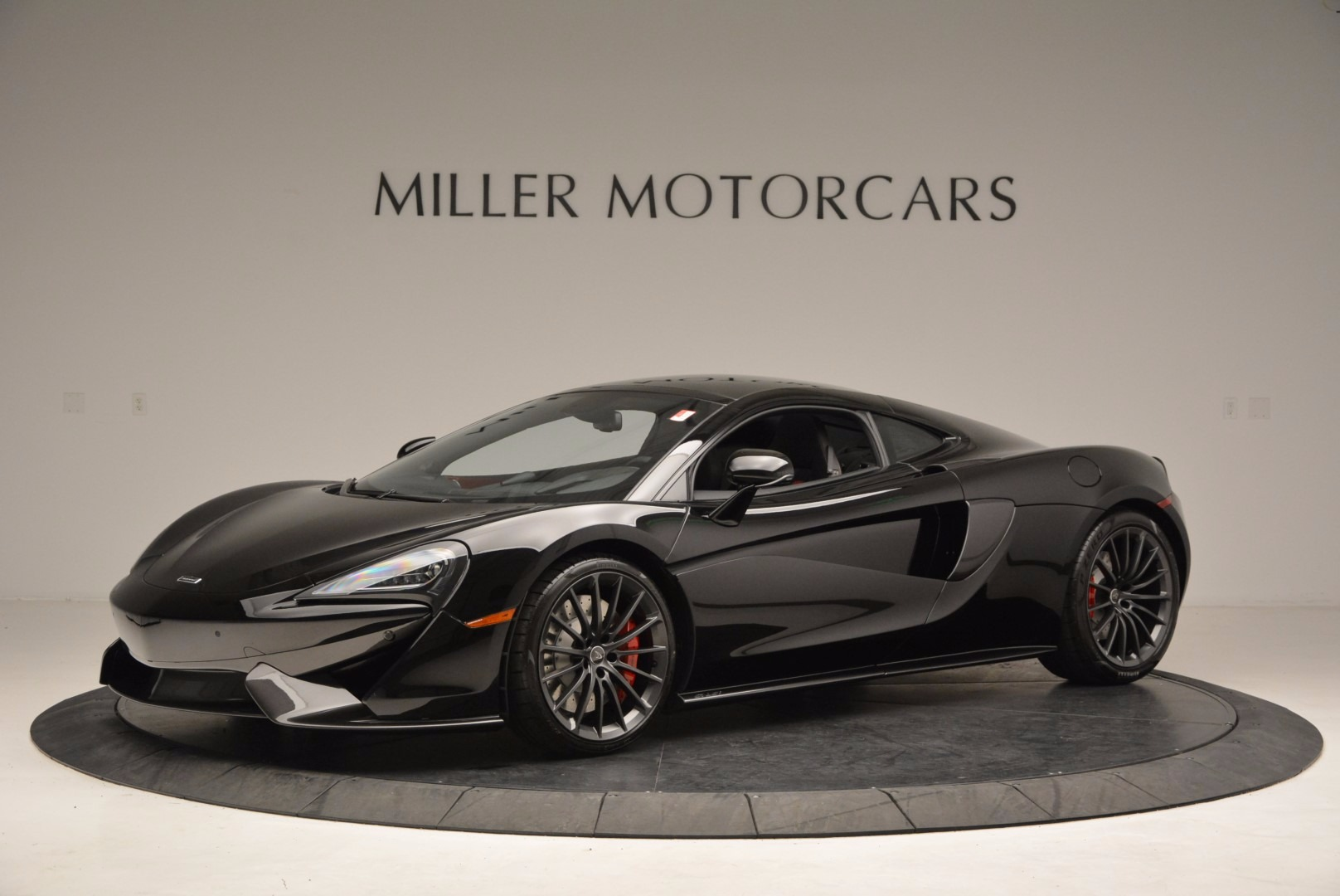 Used 2017 McLaren 570GT  For Sale In Greenwich, CT 1055_p2