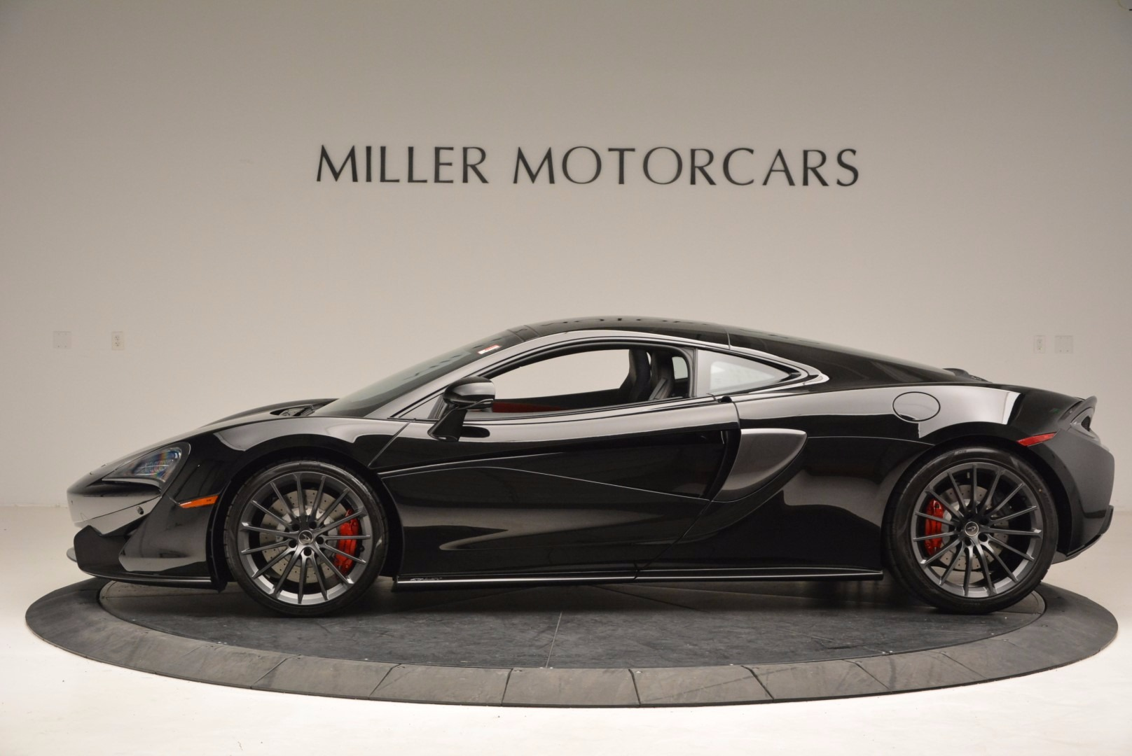 Used 2017 McLaren 570GT  For Sale In Greenwich, CT 1055_p3
