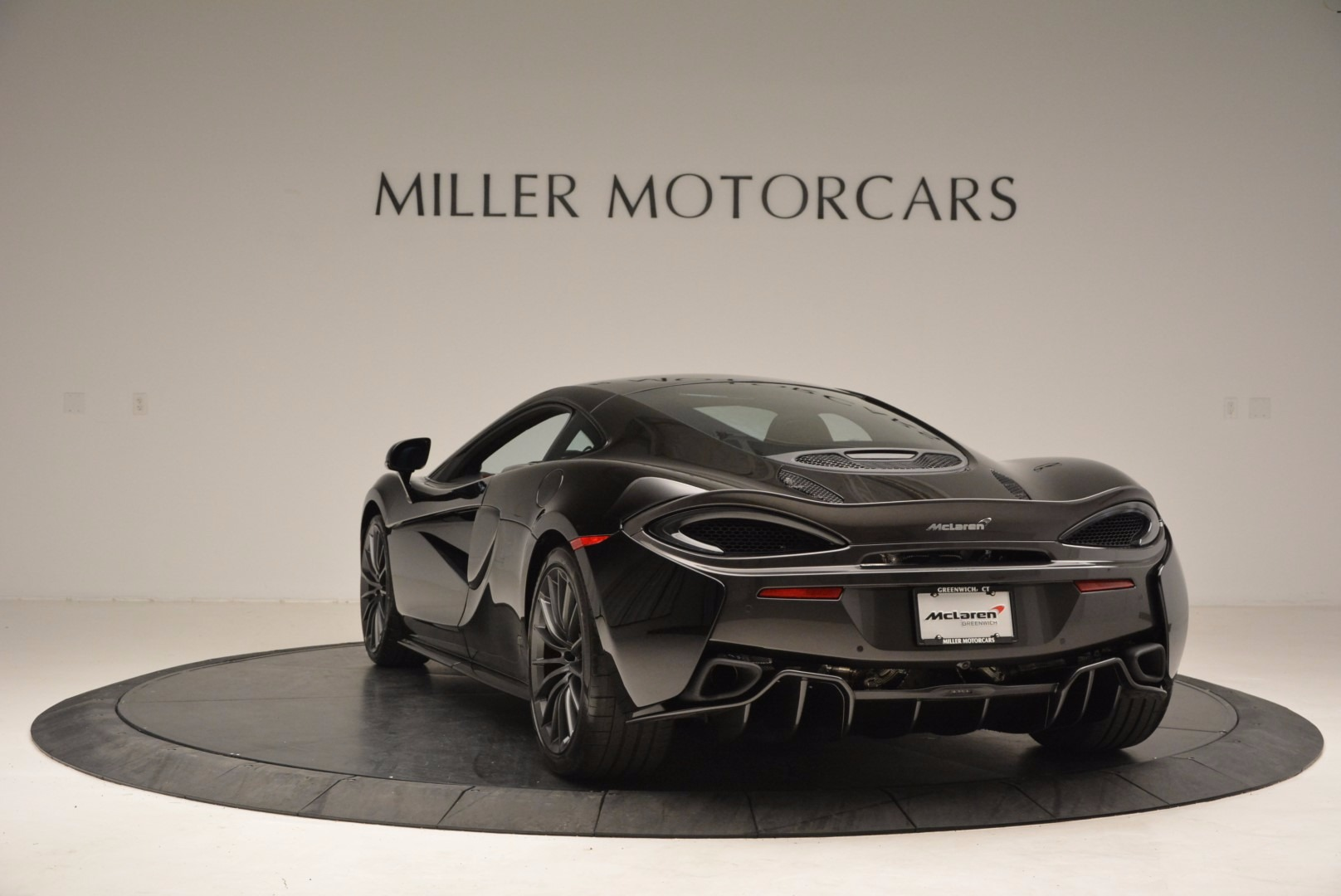 Used 2017 McLaren 570GT  For Sale In Greenwich, CT 1055_p5