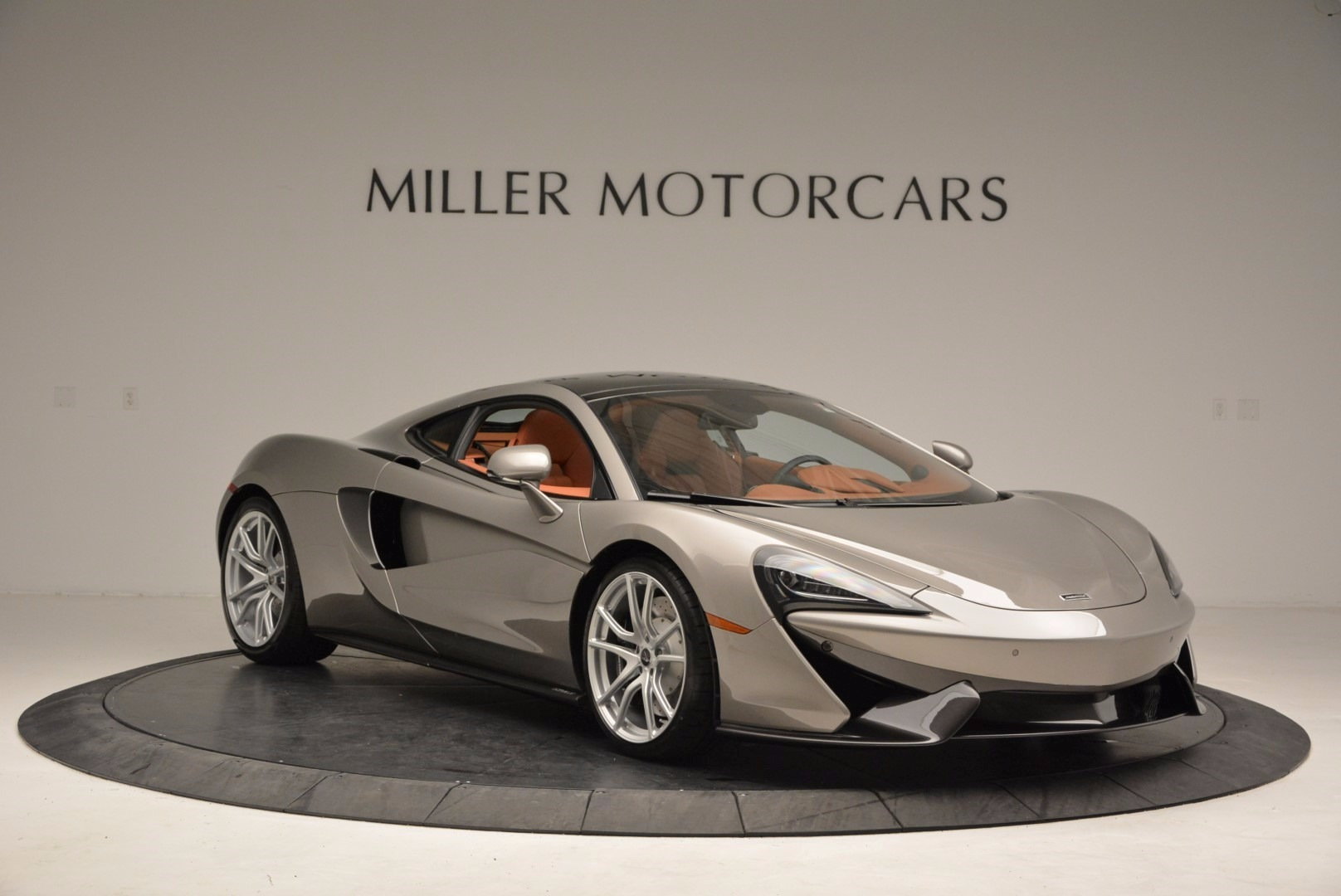 Used 2017 McLaren 570GT  For Sale In Greenwich, CT 1056_p10