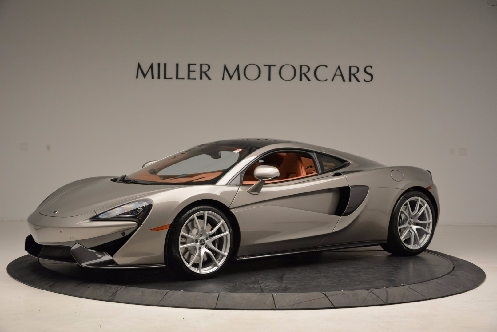 Used 2017 McLaren 570GT  For Sale In Greenwich, CT 1056_p2