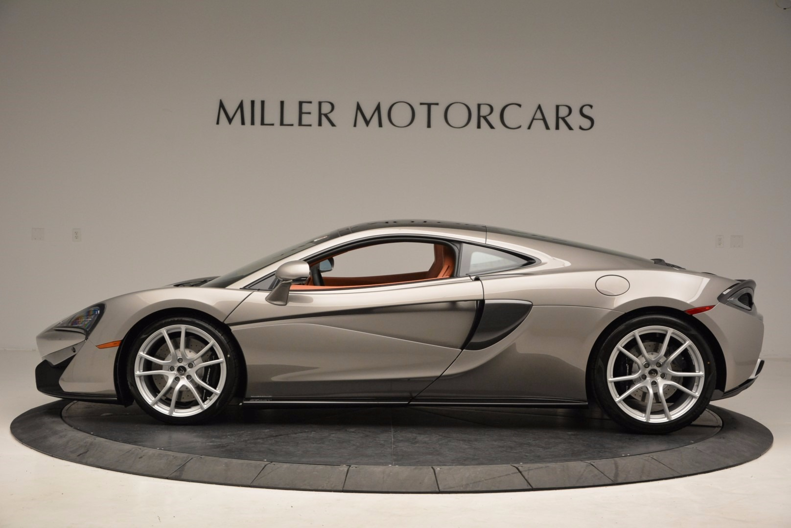 Used 2017 McLaren 570GT  For Sale In Greenwich, CT 1056_p3