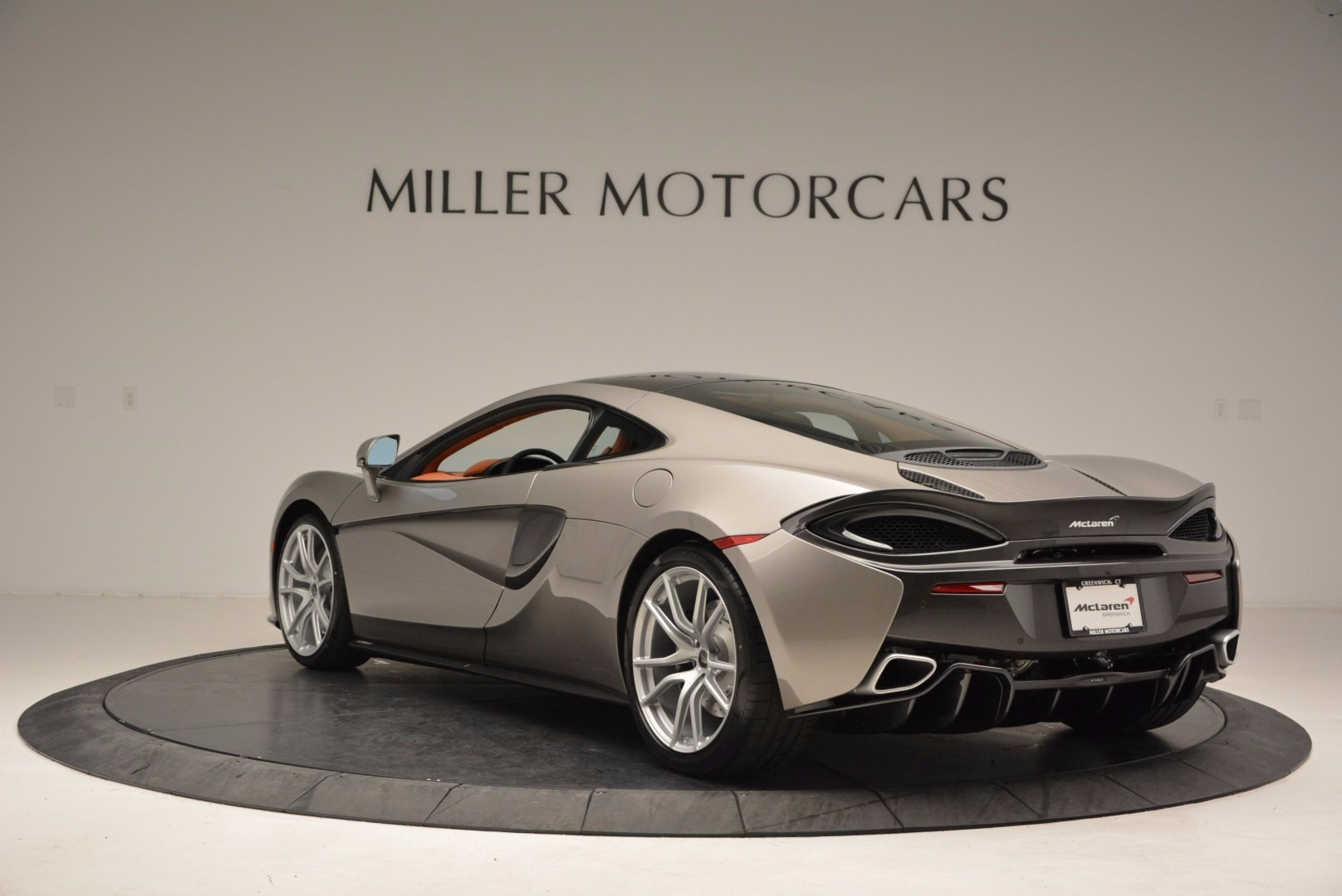 Used 2017 McLaren 570GT  For Sale In Greenwich, CT 1056_p5