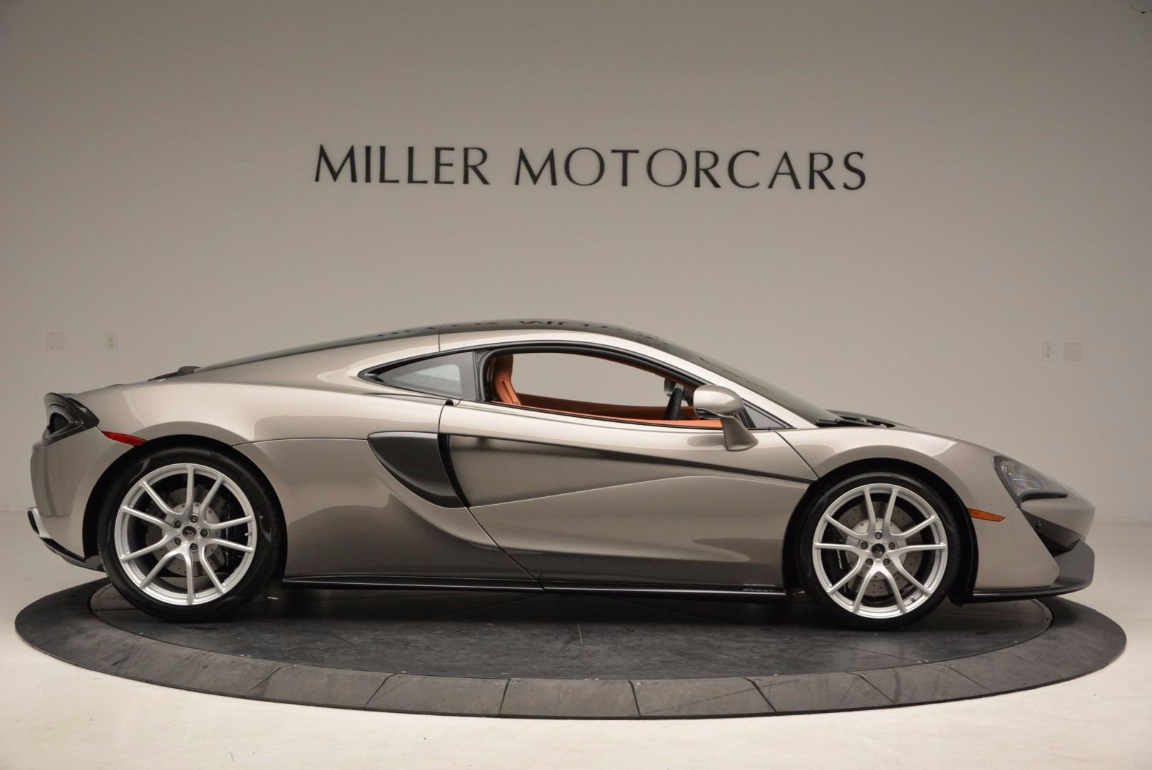 Used 2017 McLaren 570GT  For Sale In Greenwich, CT 1056_p9