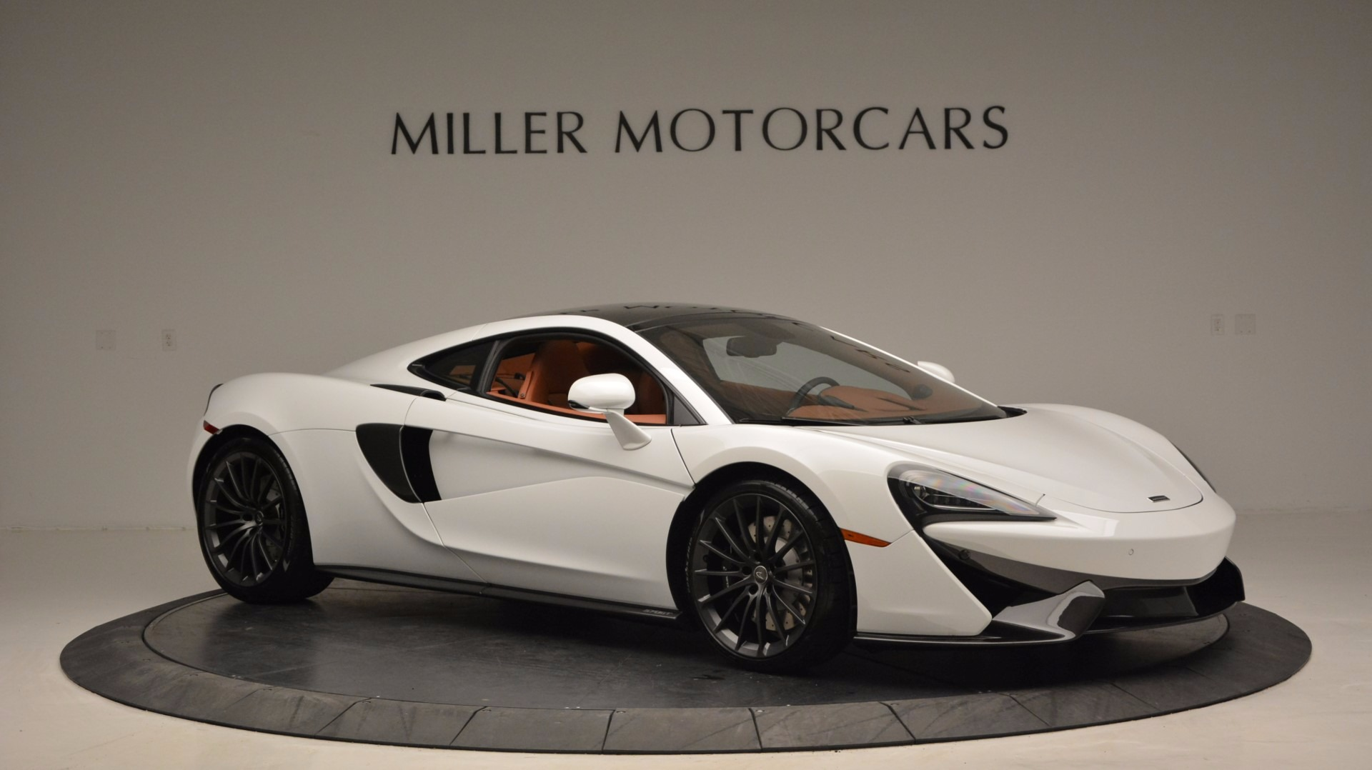 Used 2017 McLaren 570GT  For Sale In Greenwich, CT 1074_p10
