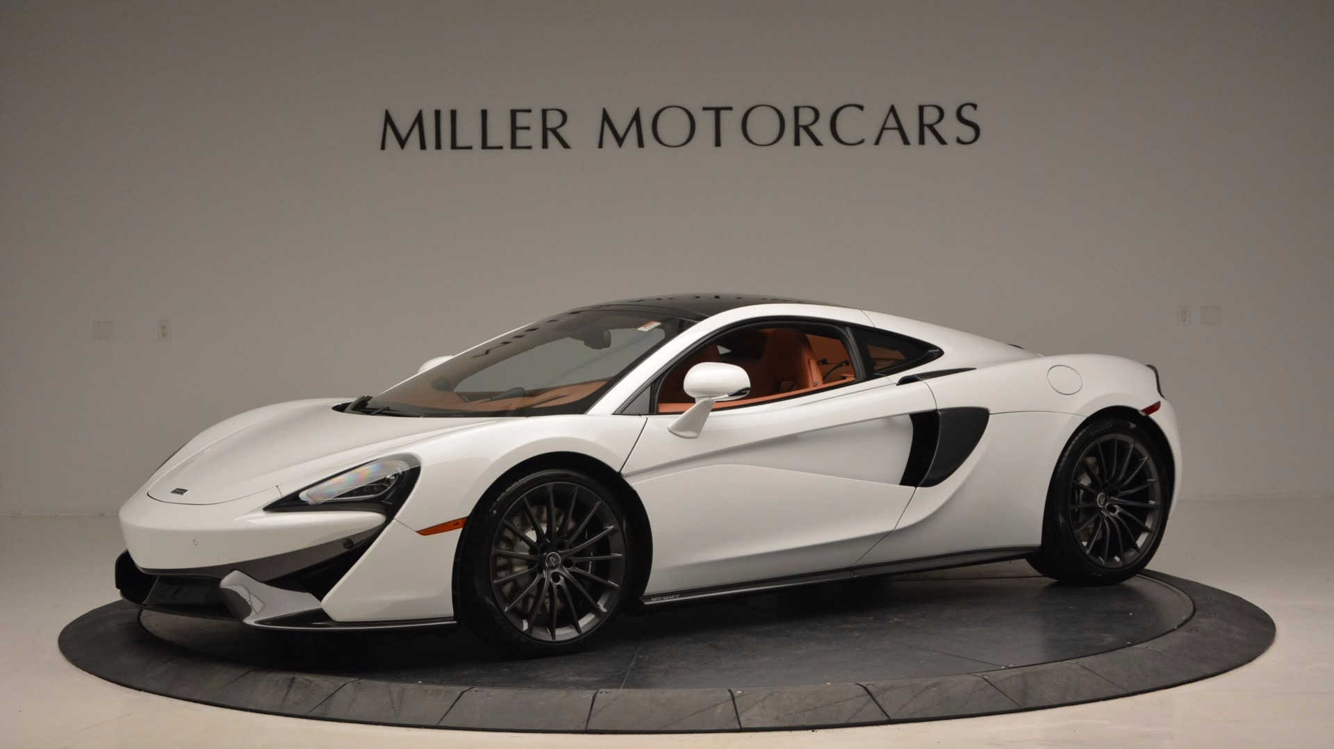 Used 2017 McLaren 570GT  For Sale In Greenwich, CT 1074_p2