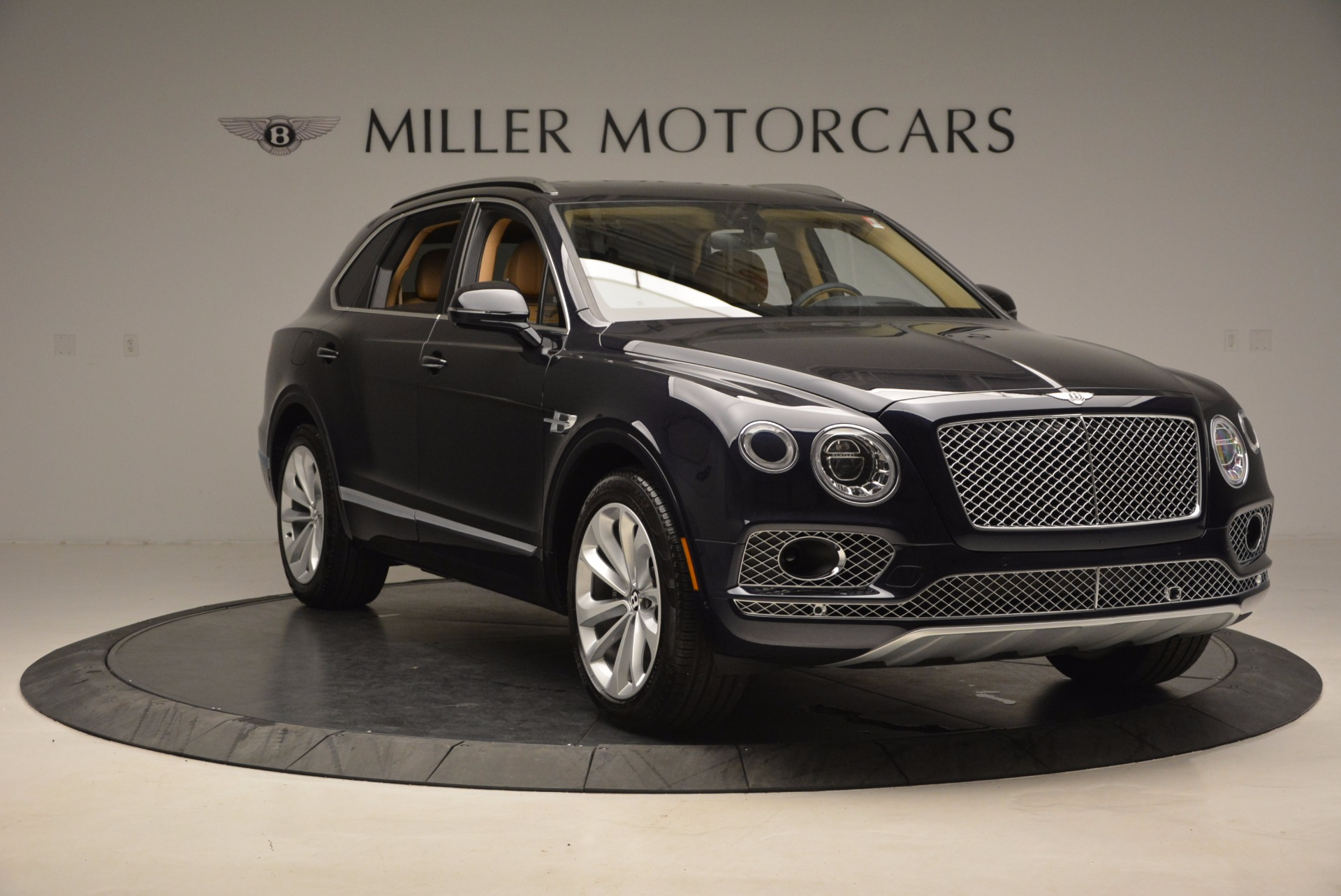 Used 2017 Bentley Bentayga W12 For Sale In Greenwich, CT 1077_p11