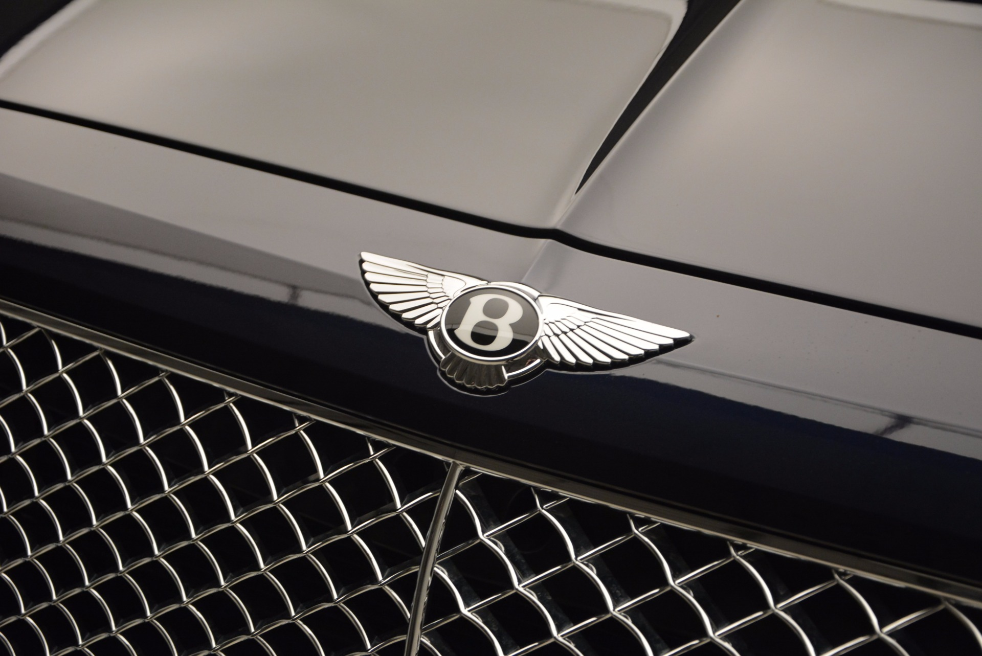 Used 2017 Bentley Bentayga W12 For Sale In Greenwich, CT 1077_p15