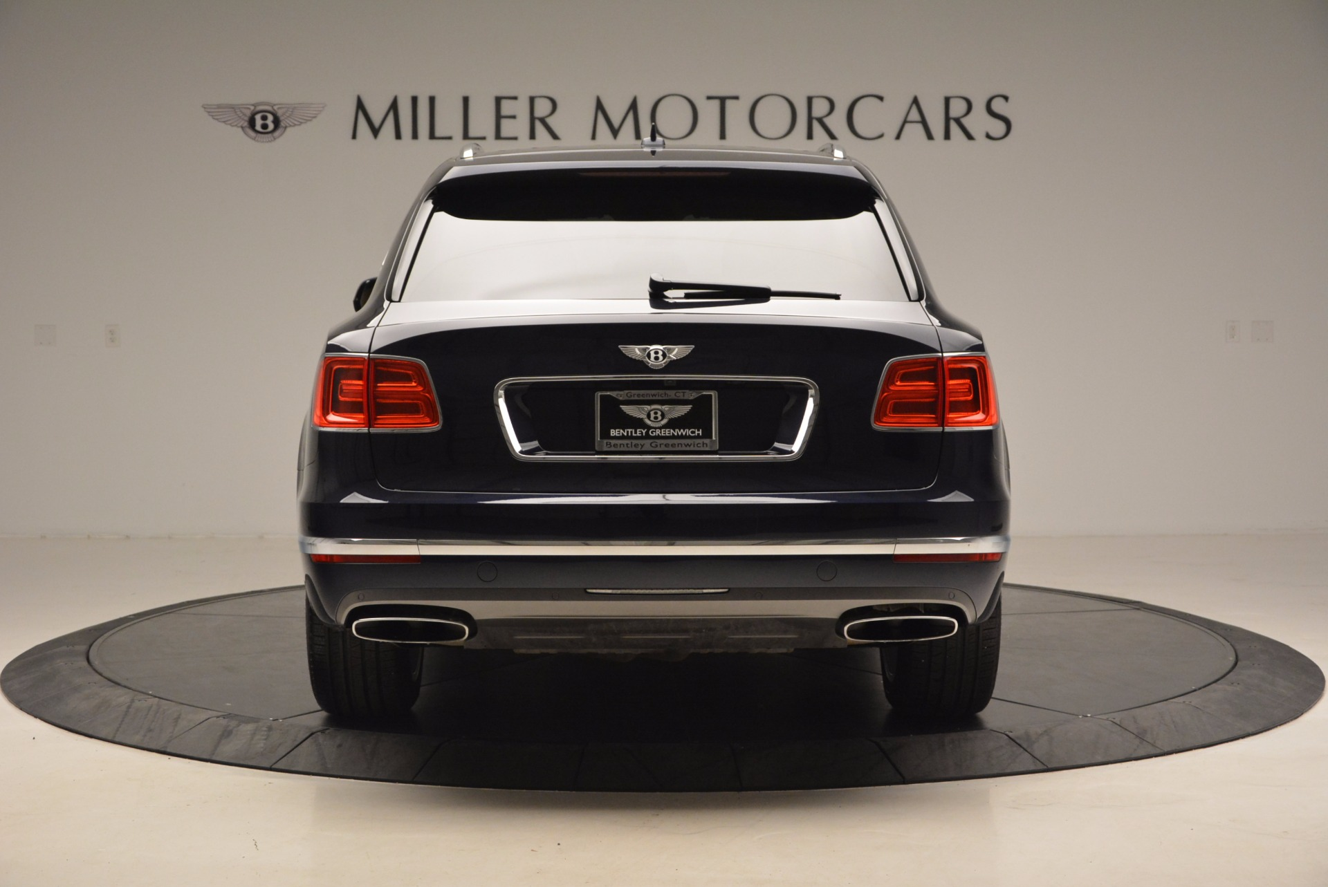 Used 2017 Bentley Bentayga W12 For Sale In Greenwich, CT 1077_p6