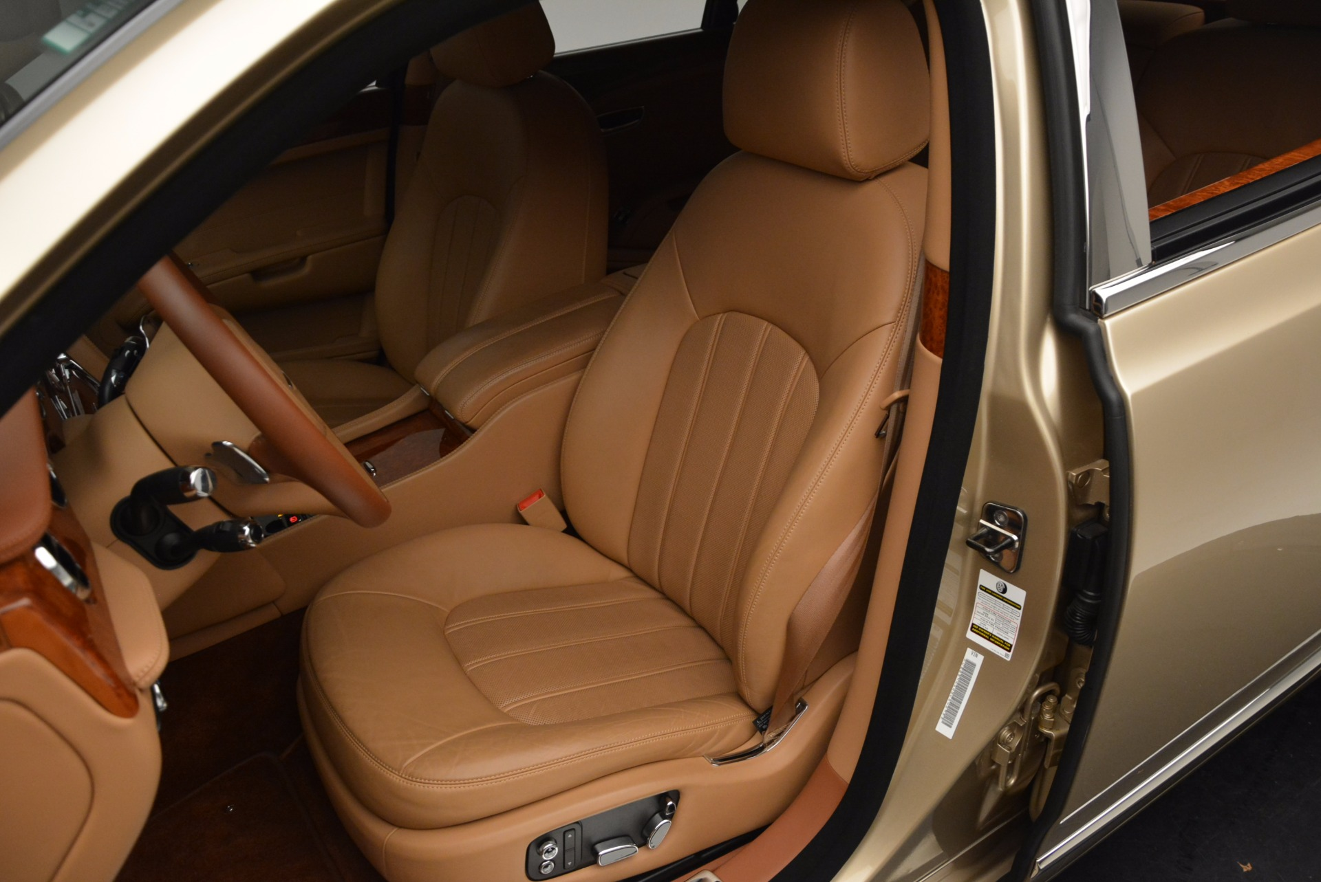 Used 2011 Bentley Mulsanne  For Sale In Greenwich, CT 1081_p22