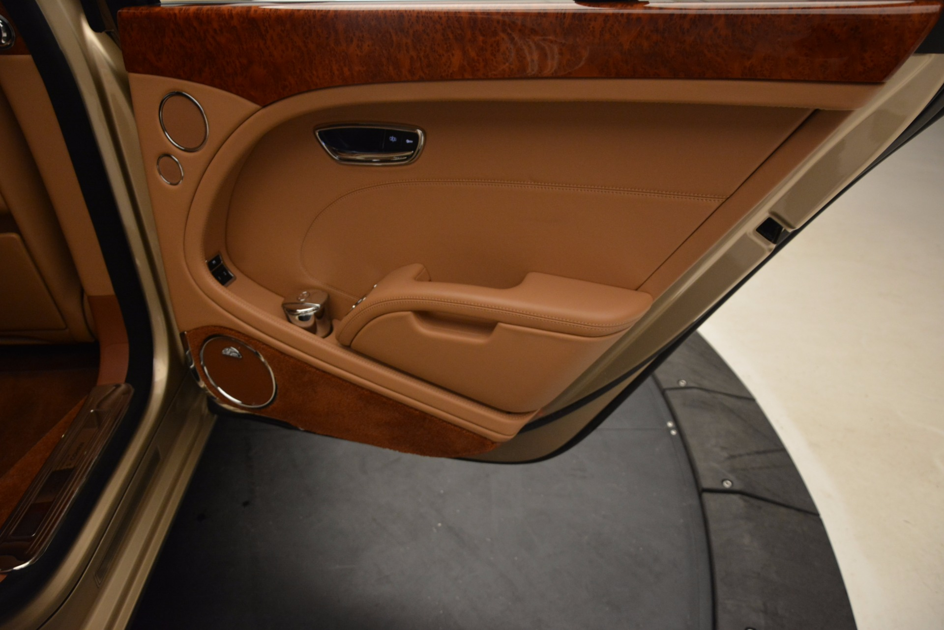 Used 2011 Bentley Mulsanne  For Sale In Greenwich, CT 1081_p33
