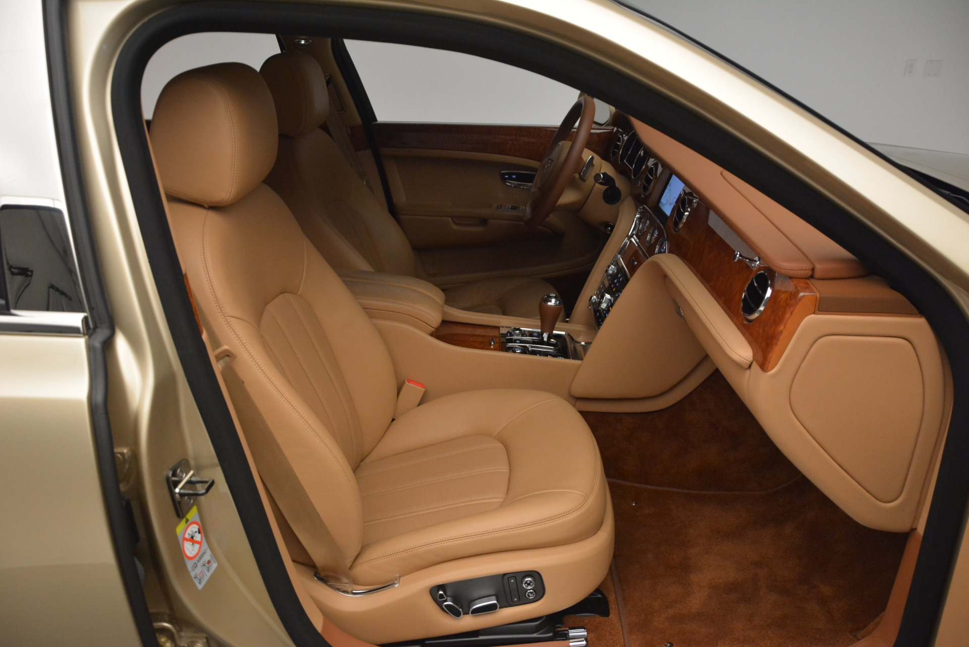 Used 2011 Bentley Mulsanne  For Sale In Greenwich, CT 1081_p40