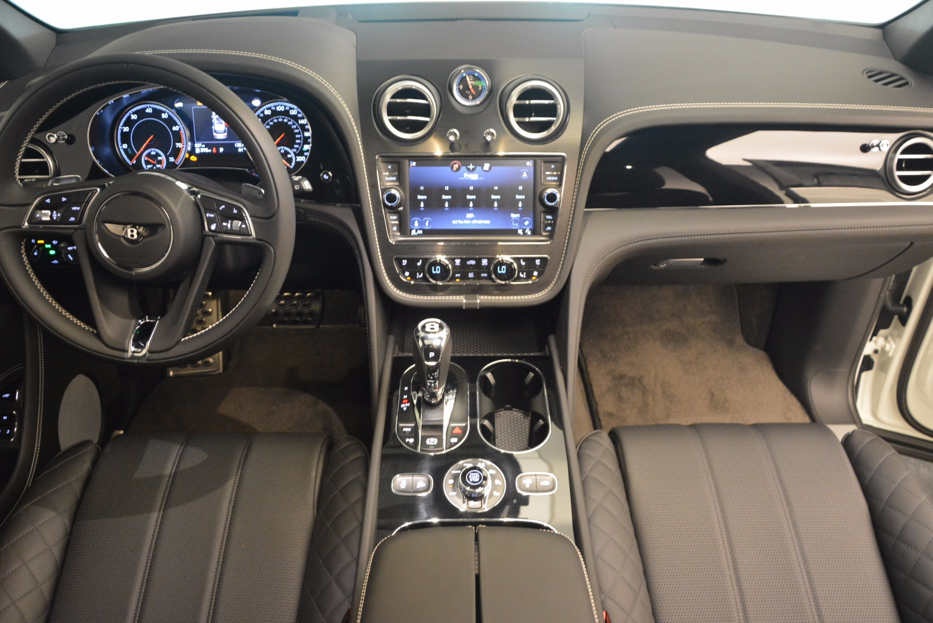 Used 2017 Bentley Bentayga  For Sale In Greenwich, CT 1091_p47