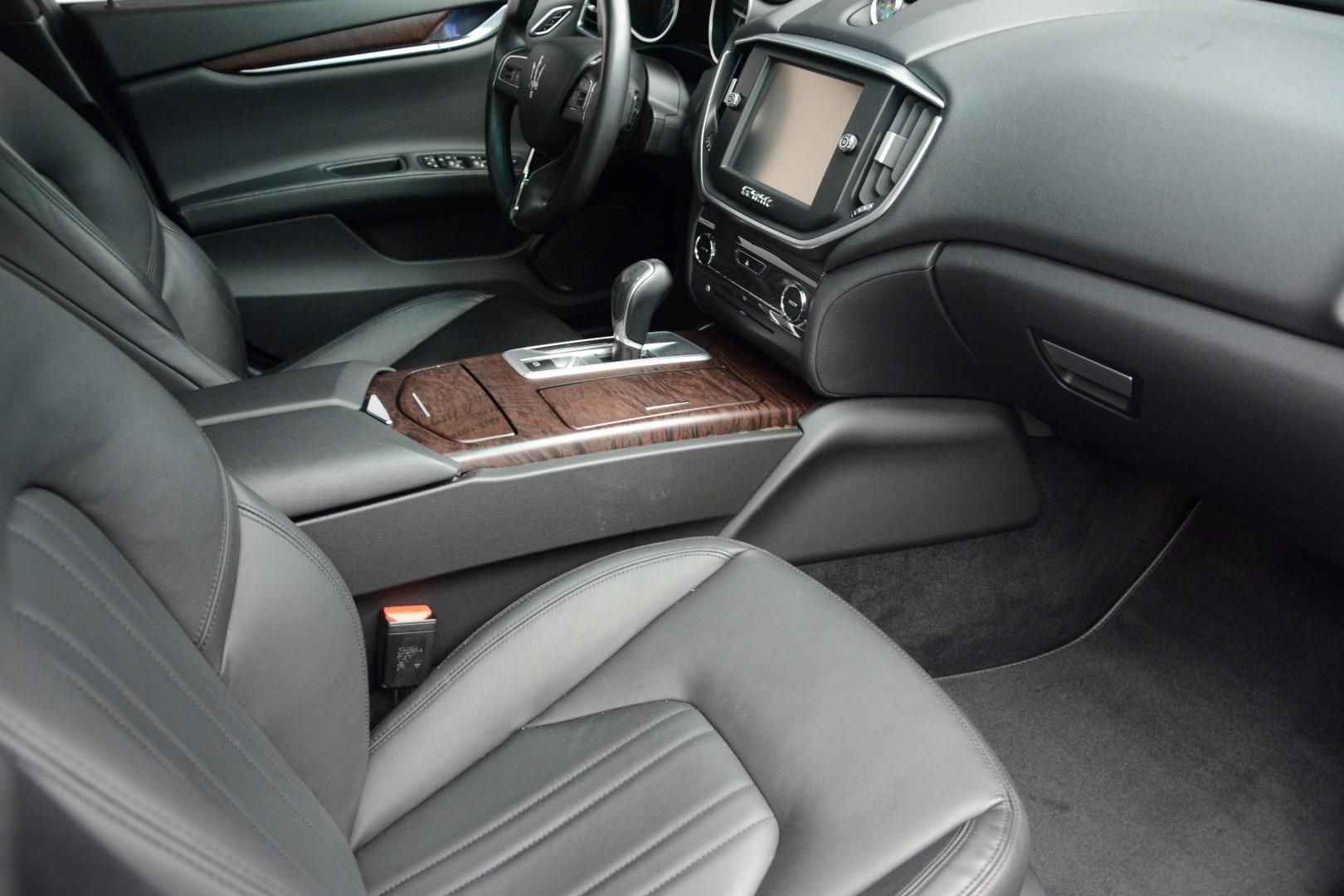 Used 2014 Maserati Ghibli  For Sale In Greenwich, CT 1099_p19