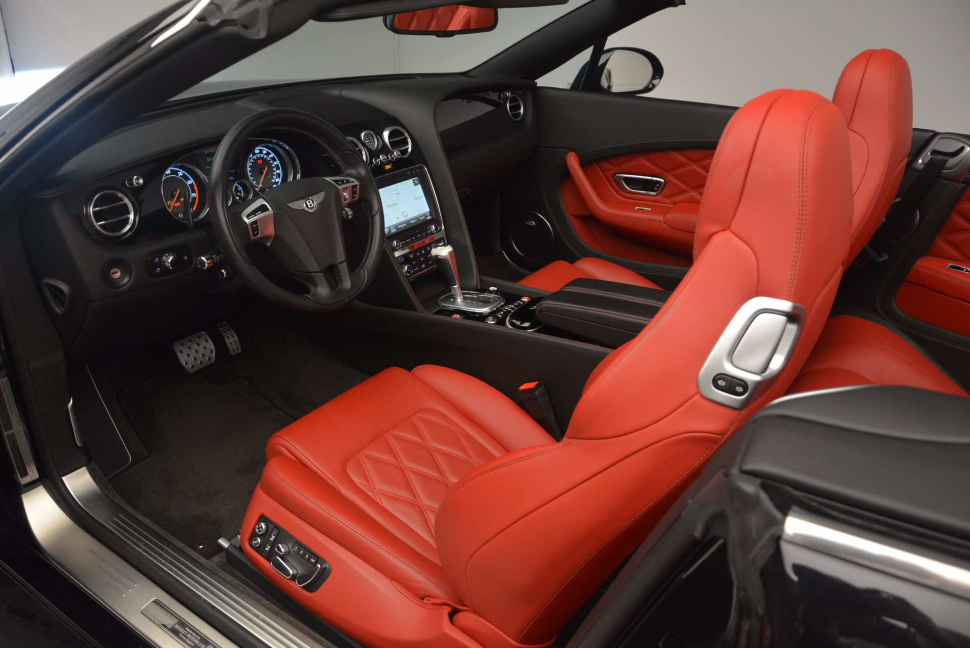 Used 2012 Bentley Continental GT W12 Convertible For Sale In Greenwich, CT 1104_p35