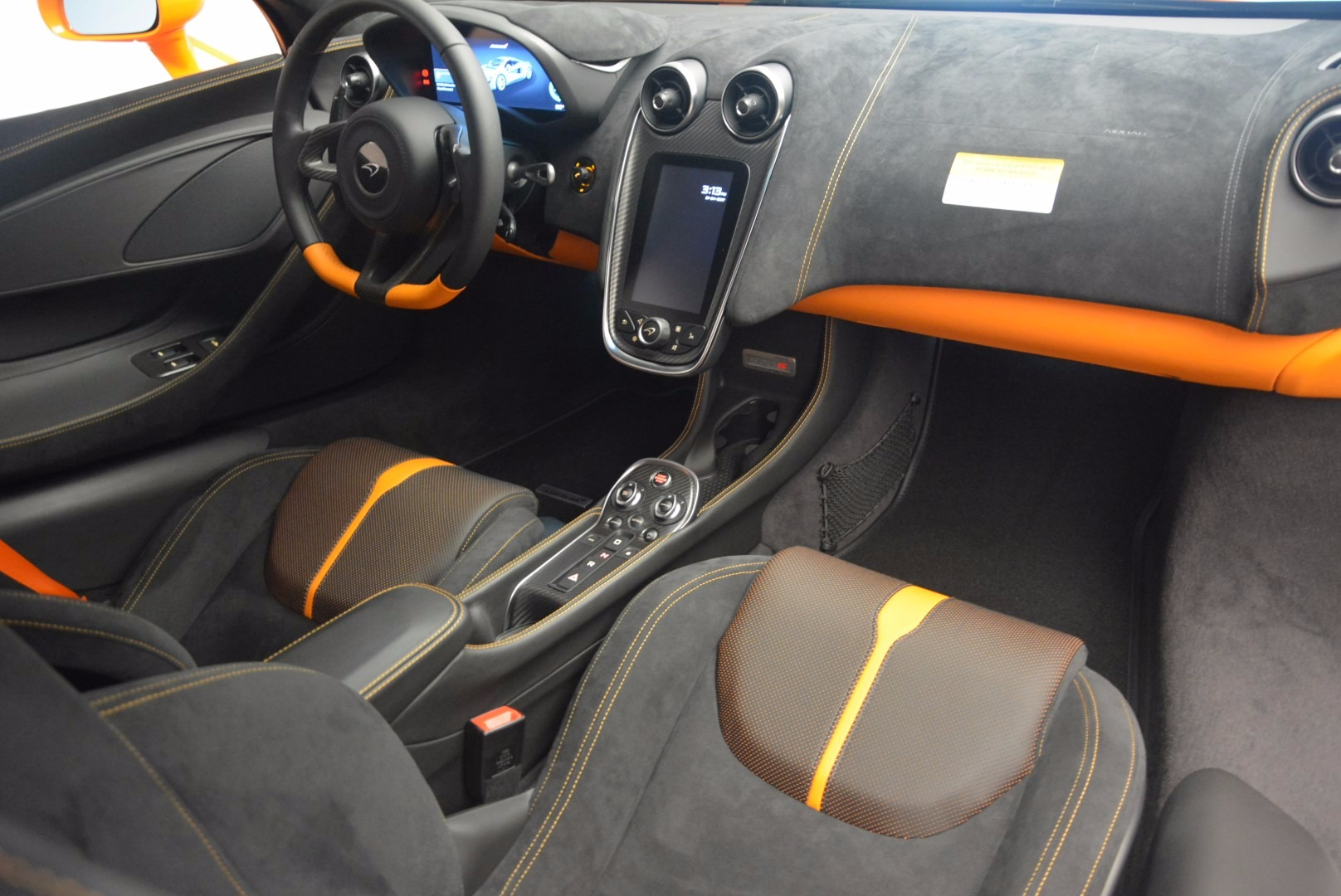 New 2017 McLaren 570S  For Sale In Greenwich, CT 1105_p18