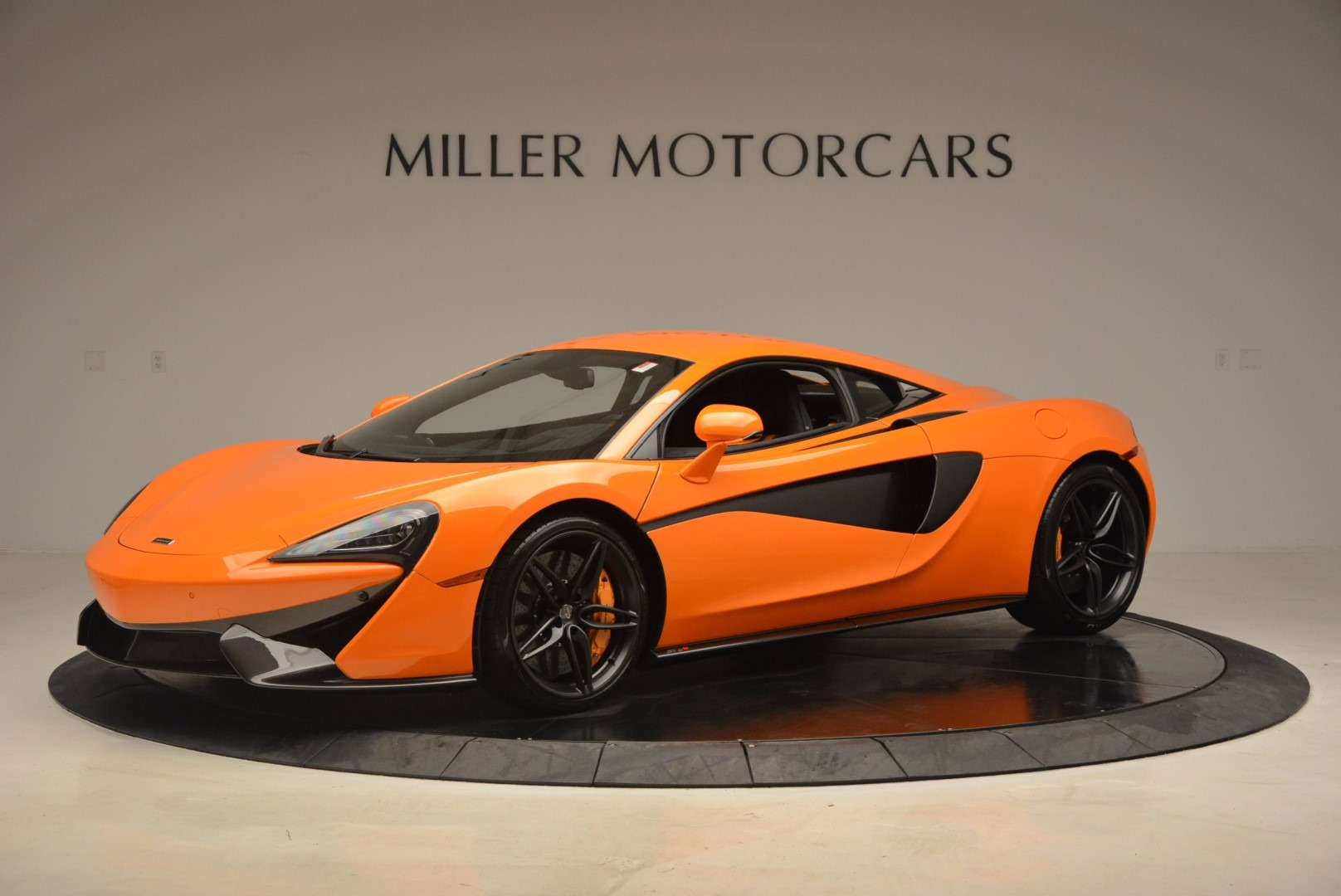 New 2017 McLaren 570S  For Sale In Greenwich, CT 1105_p2