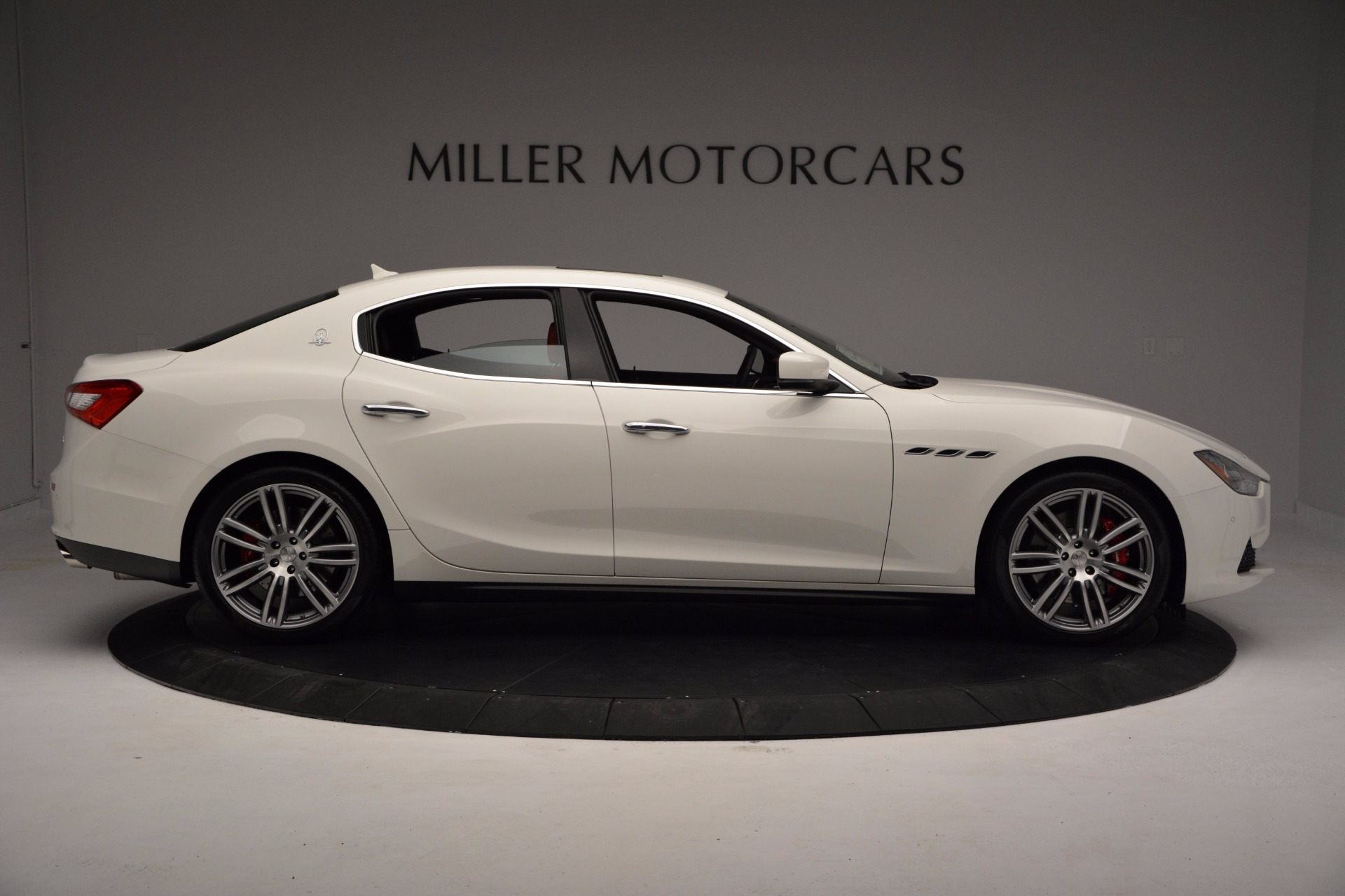New 2017 Maserati Ghibli S Q4 For Sale In Greenwich, CT 1111_p9