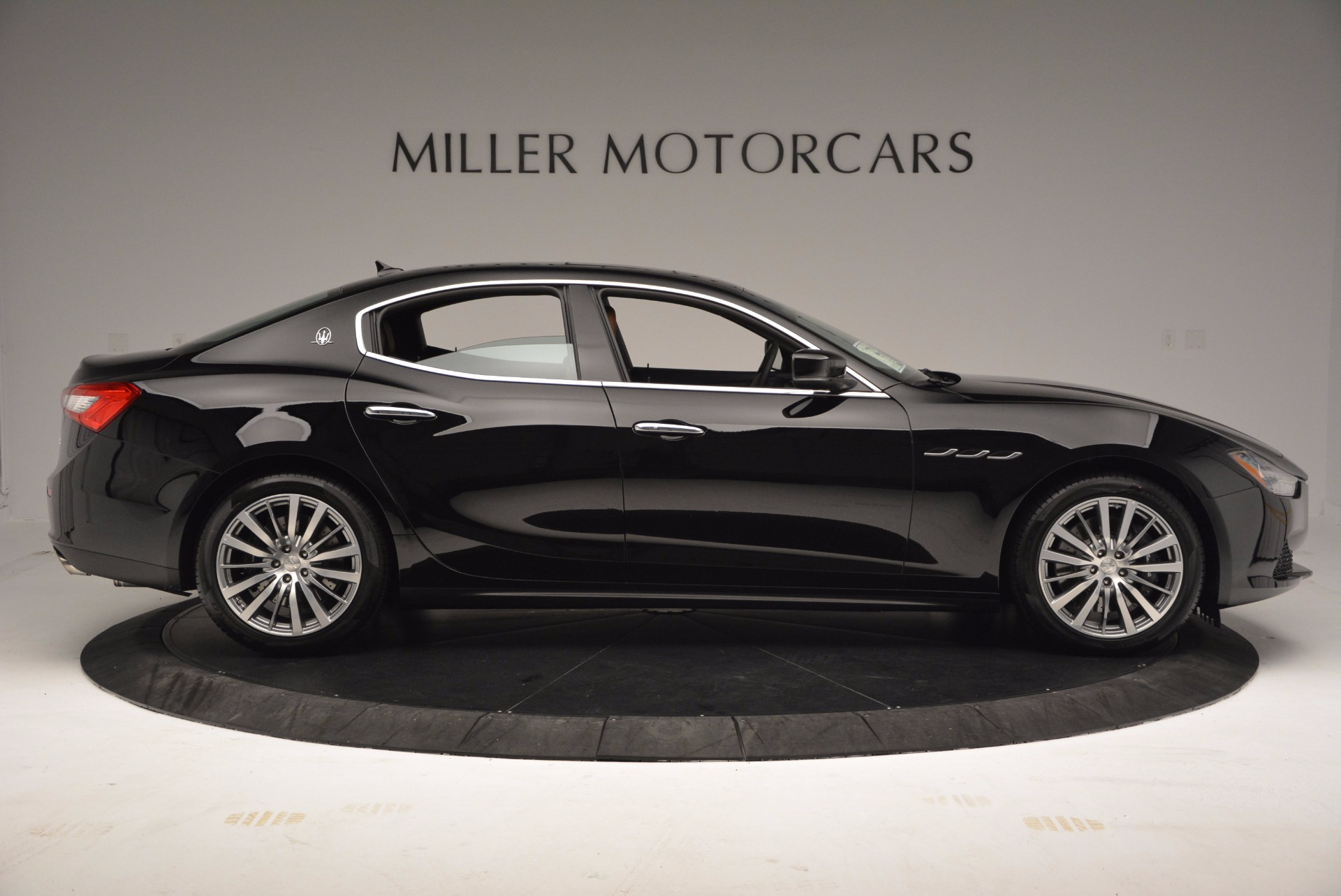 New 2017 Maserati Ghibli S Q4 EX-Loaner For Sale In Greenwich, CT 1116_p9