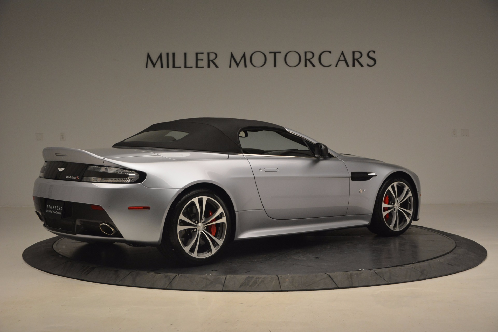 Used 2015 Aston Martin V12 Vantage S Roadster For Sale In Greenwich, CT 1130_p20