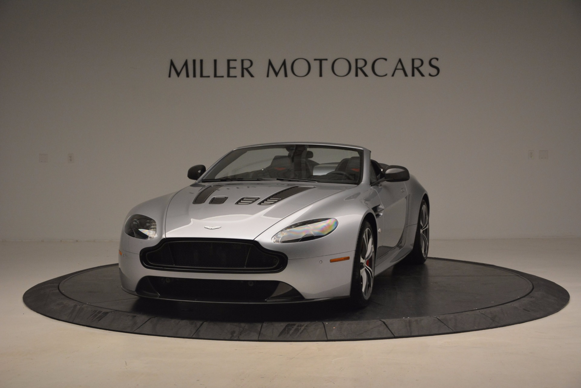 Used 2015 Aston Martin V12 Vantage S Roadster For Sale In Greenwich, CT 1130_p2