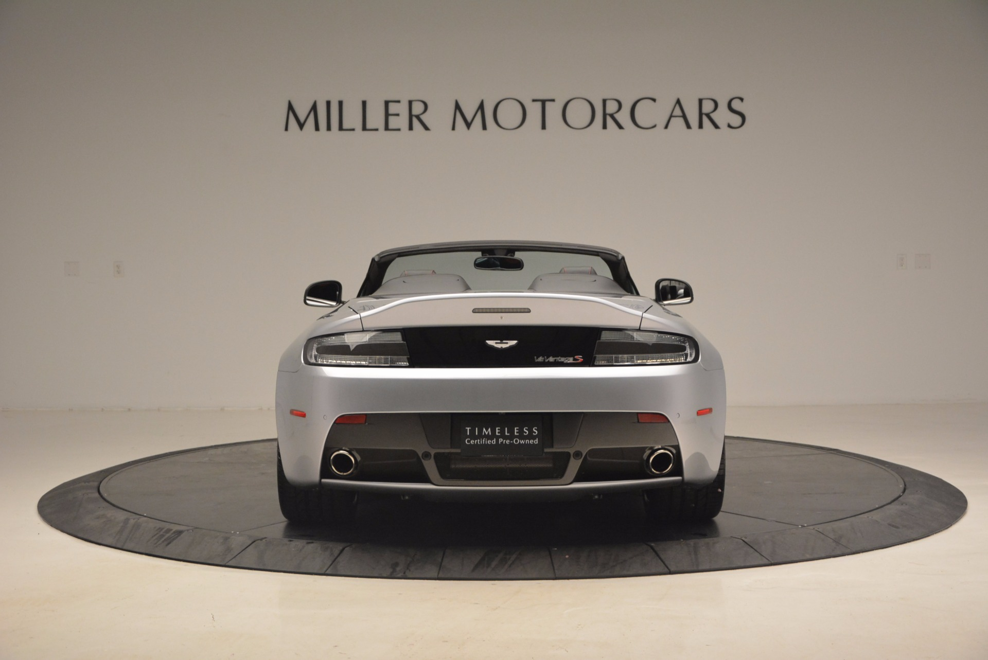 Used 2015 Aston Martin V12 Vantage S Roadster For Sale In Greenwich, CT 1130_p6