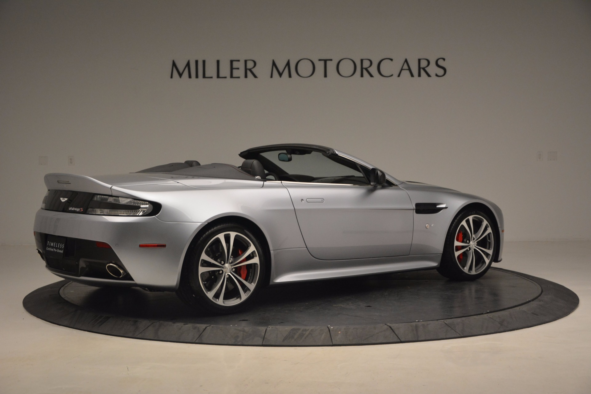 Used 2015 Aston Martin V12 Vantage S Roadster For Sale In Greenwich, CT 1130_p8